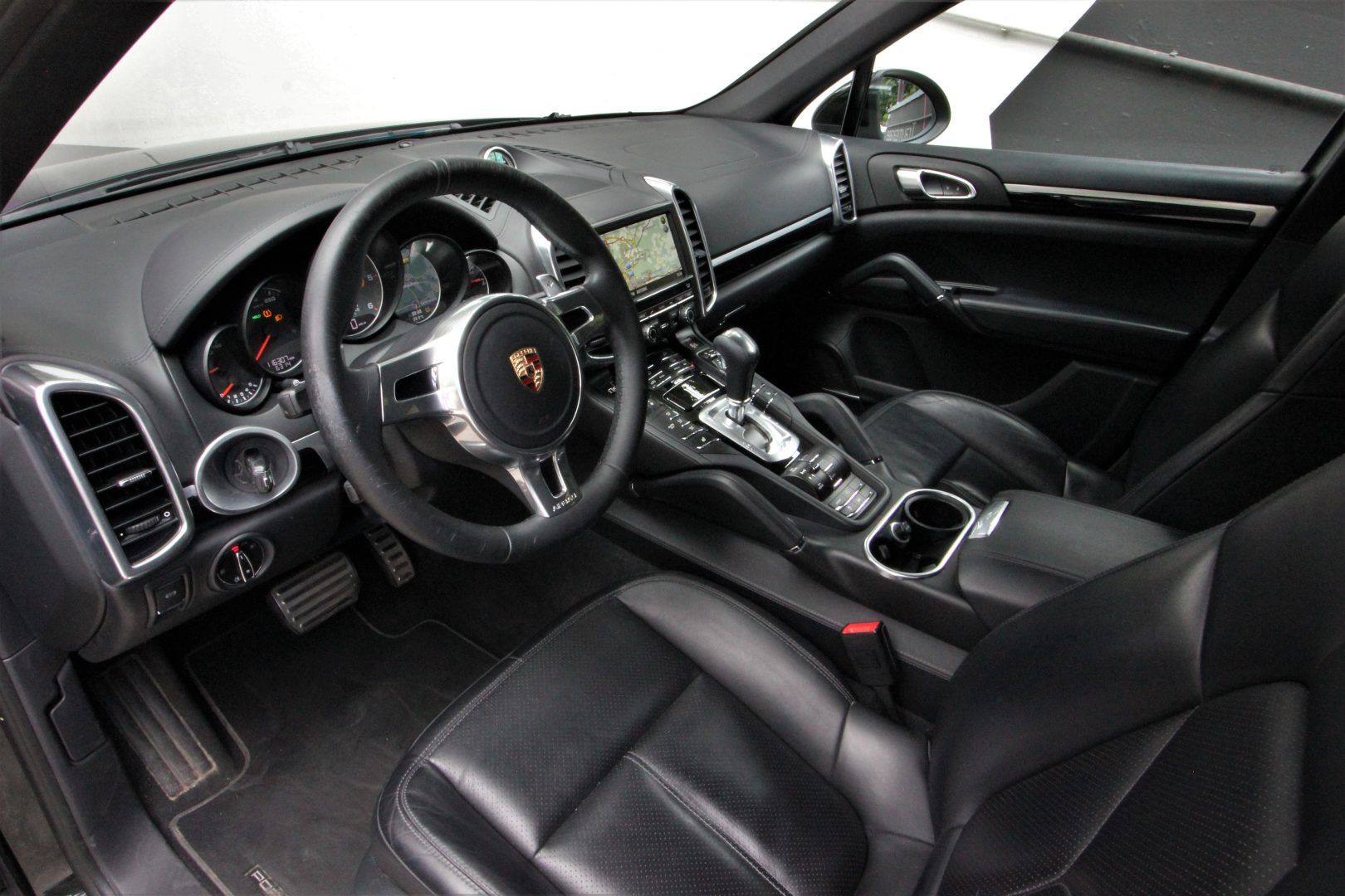 AIL Porsche Cayenne S Diesel V8 Sport-Chrono-Paket 2
