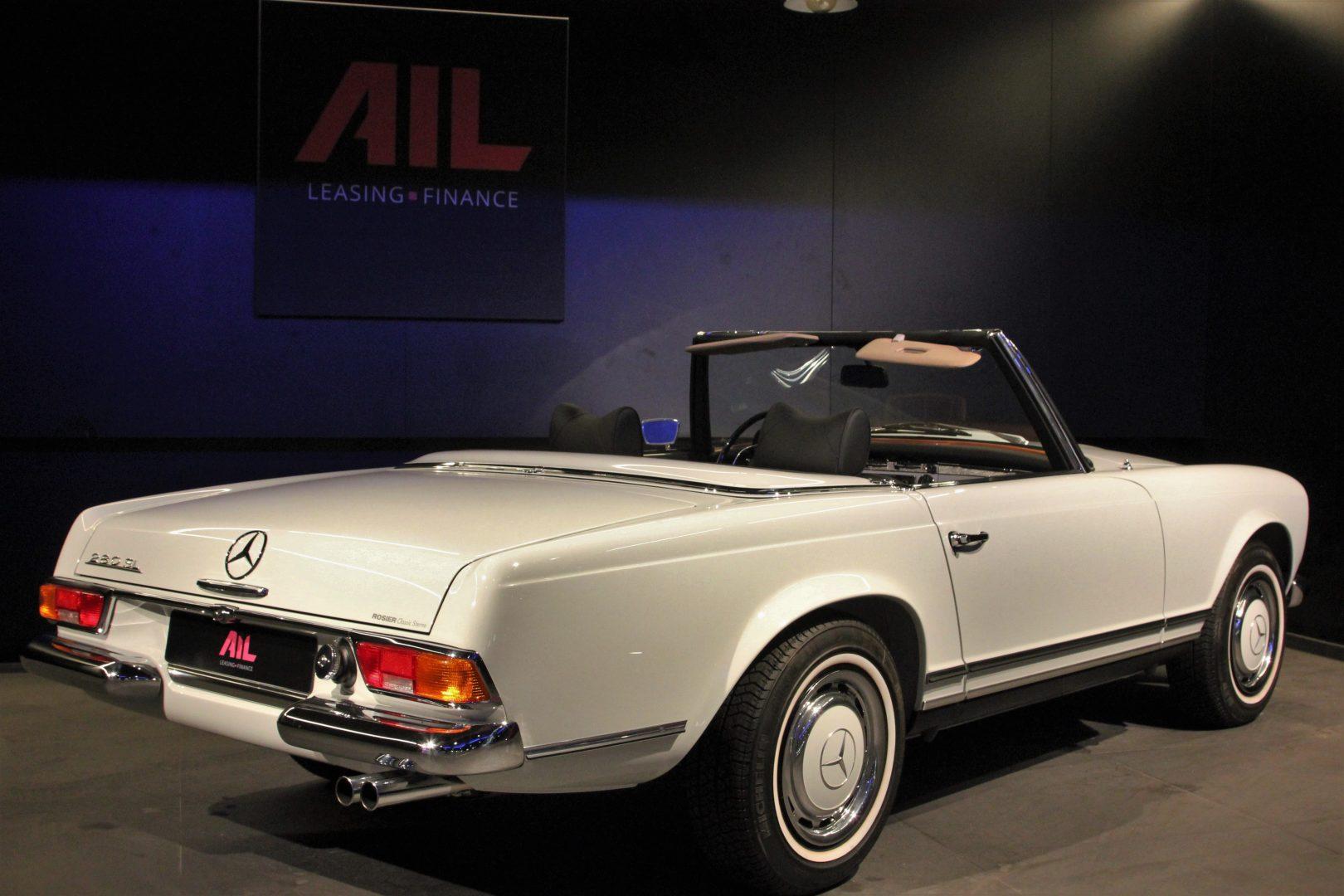 AIL Mercedes-Benz 280 SL Pagode Automatik 2