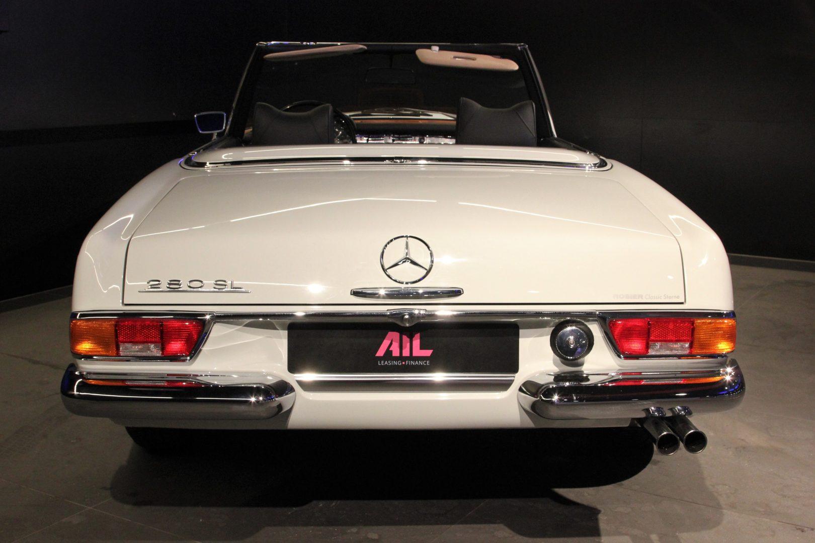AIL Mercedes-Benz 280 SL Pagode Automatik 4