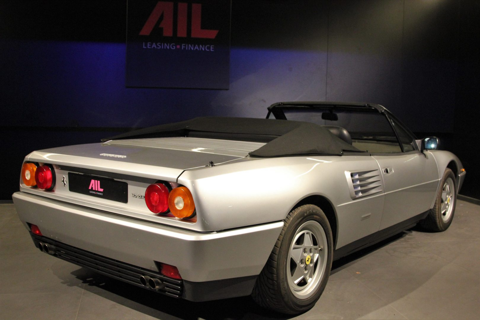 AIL Ferrari Mondial T Cabriolet 3,4 V8 9