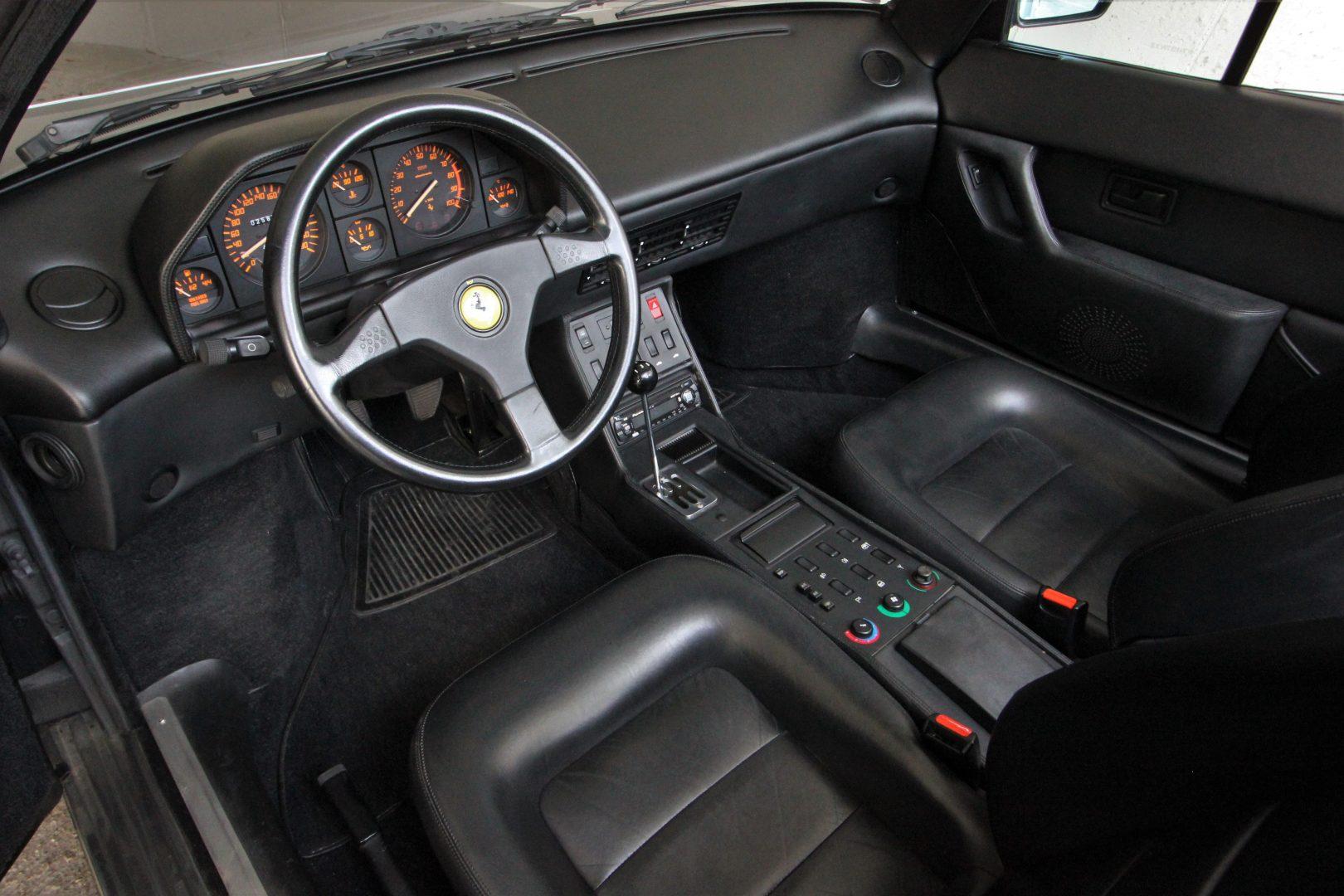 AIL Ferrari Mondial T Cabriolet 3,4 V8 11