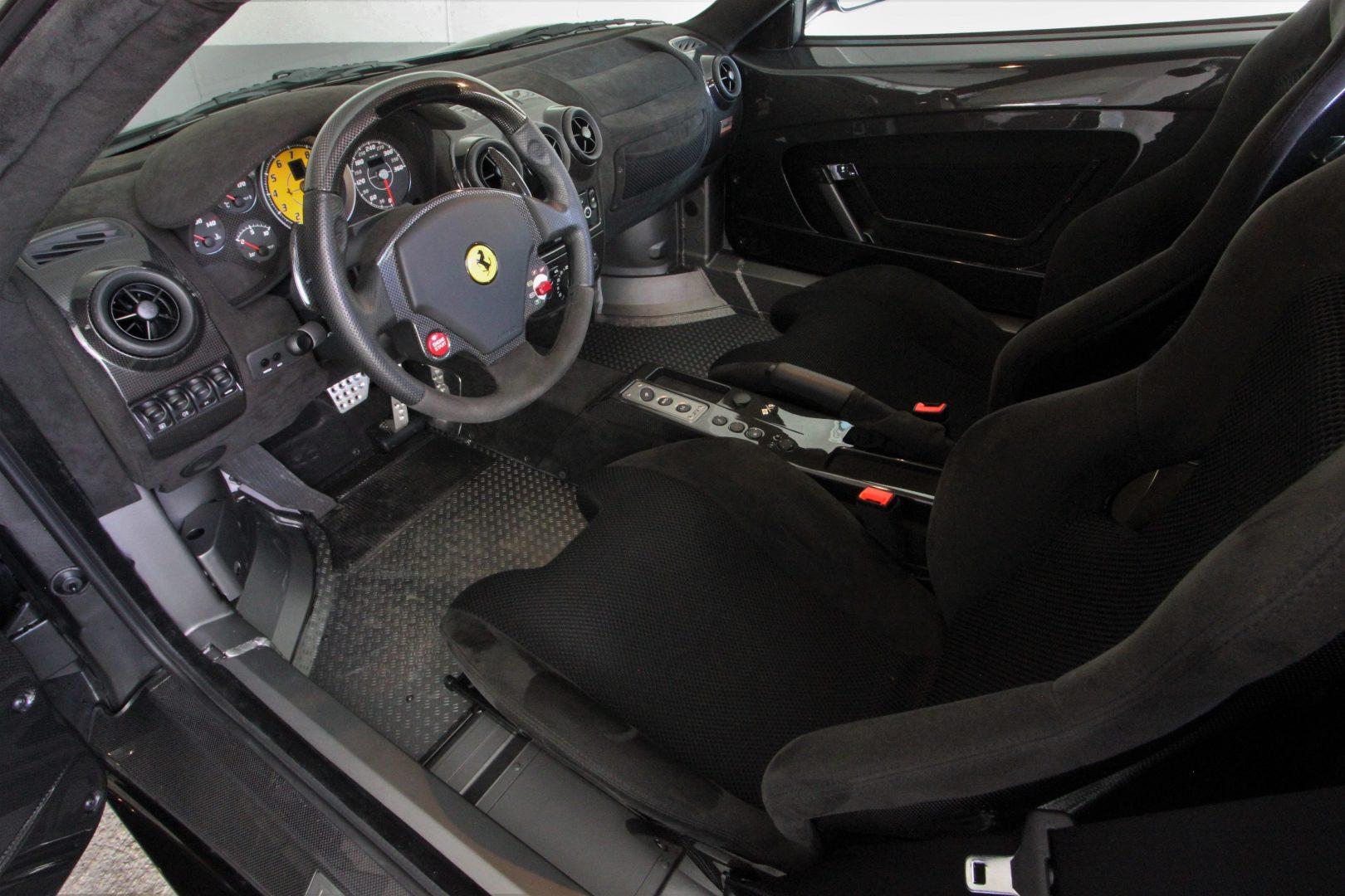 AIL Ferrari F430 Scuderia F1 Garantie 9