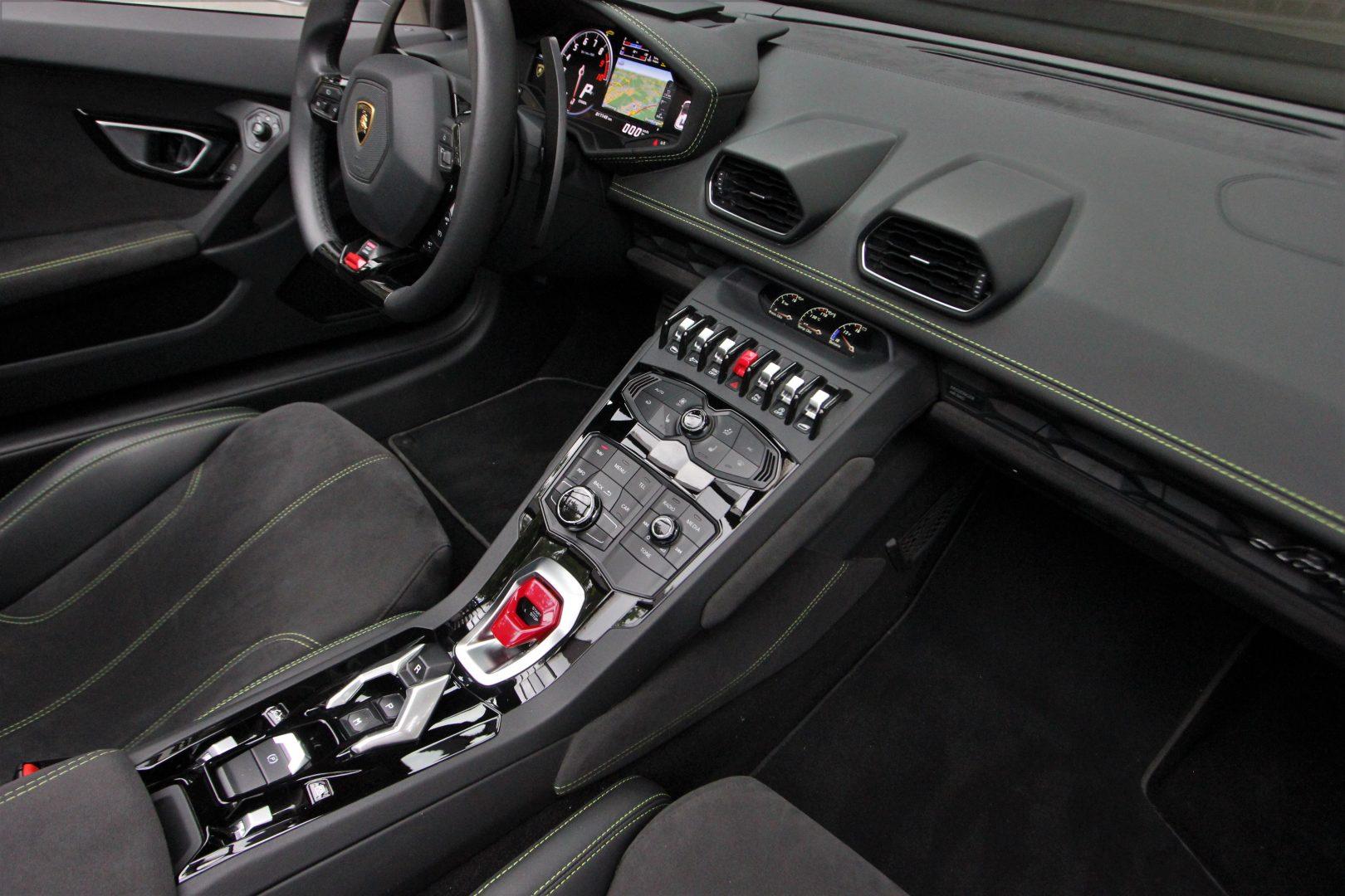 AIL Lamborghini Huracan LP 610-4 Spyder  10