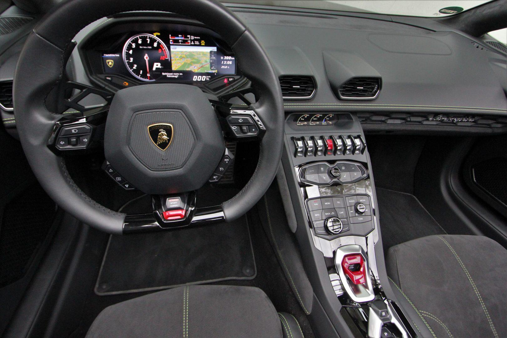 AIL Lamborghini Huracan LP 610-4 Spyder  13