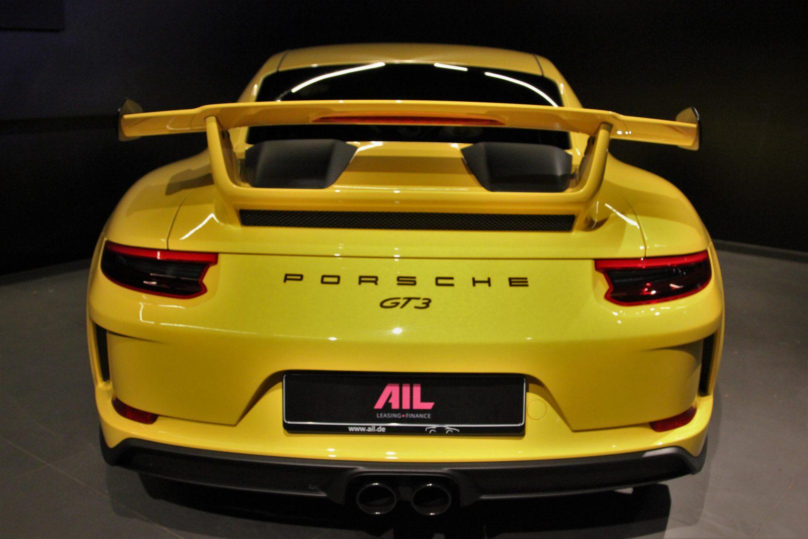 AIL Porsche 911 991 GT3 Clubsport-Paket LED Lift  3
