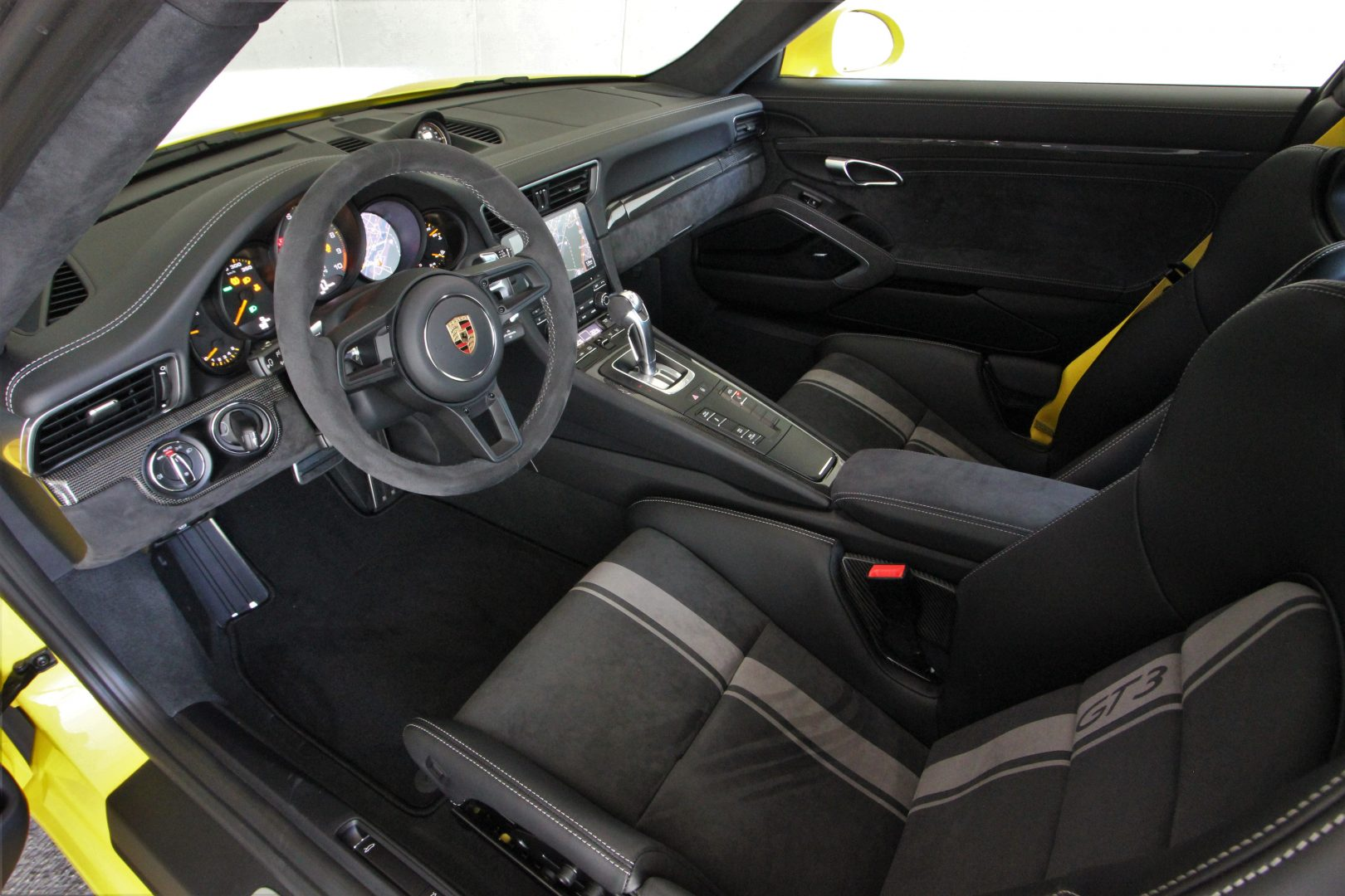 AIL Porsche 911 991 GT3 Clubsport-Paket LED Lift  12