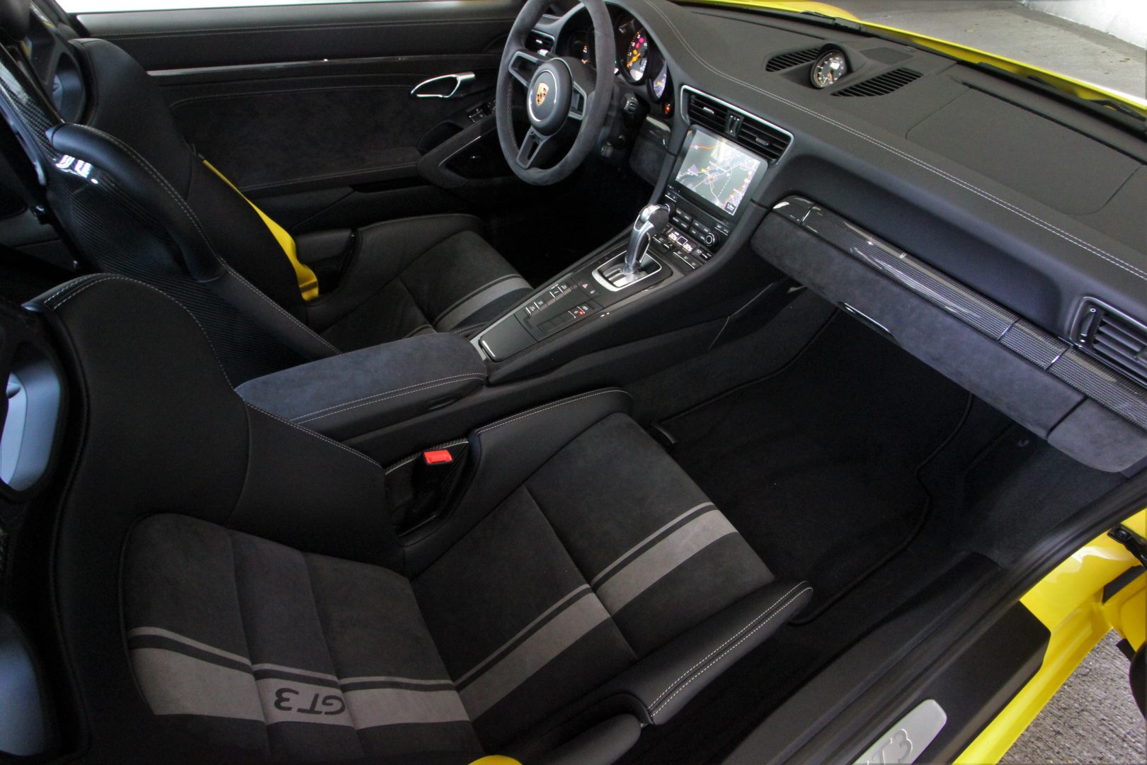 AIL Porsche 911 991 GT3 Clubsport-Paket LED Lift  11