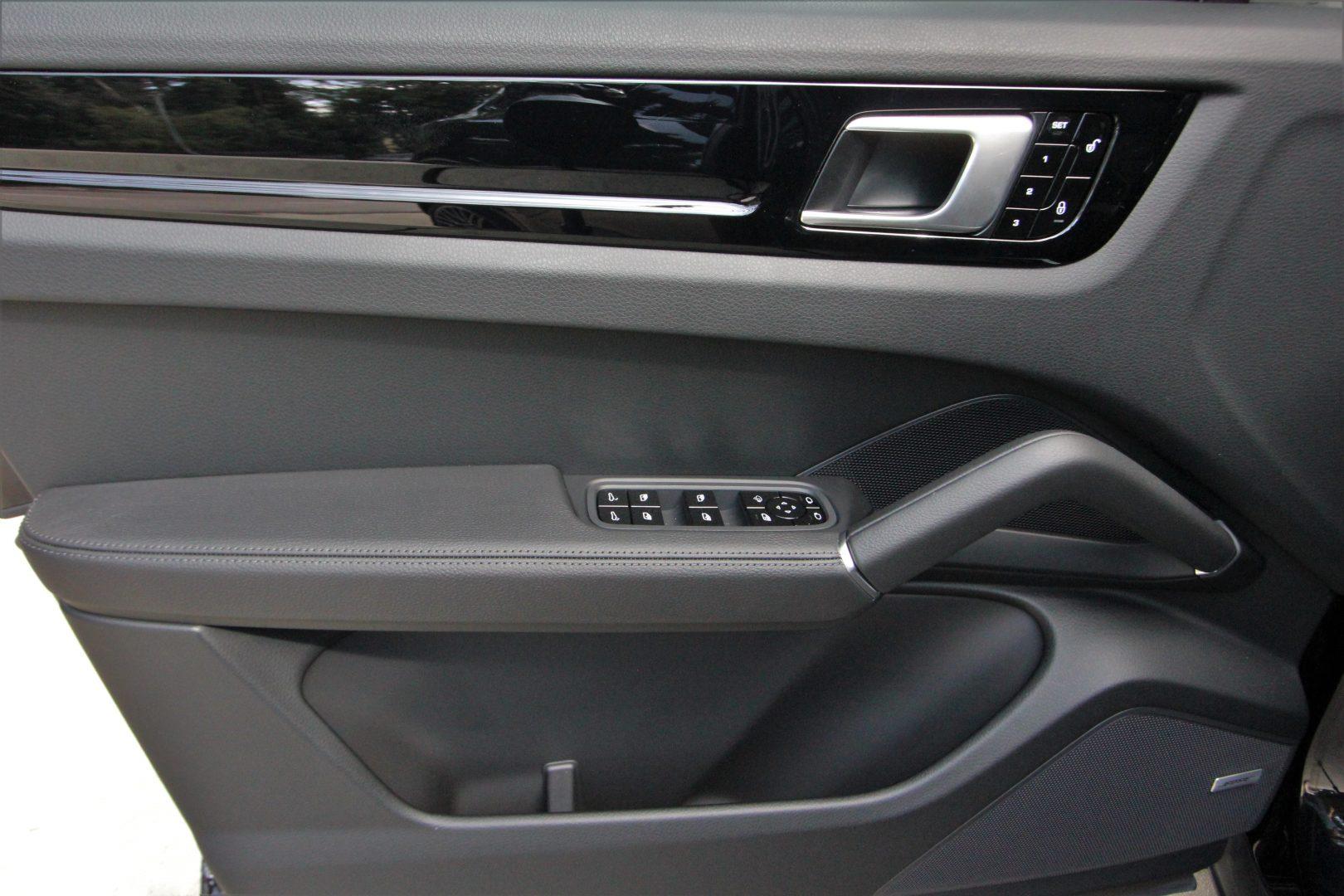 AIL Porsche Cayenne S Bose Exterieur Paket  9
