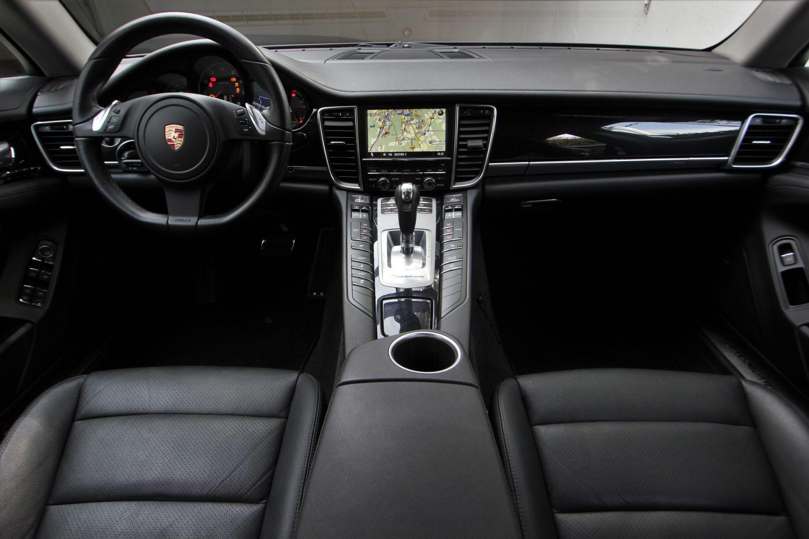 AIL Porsche Panamera V6 Bose  7