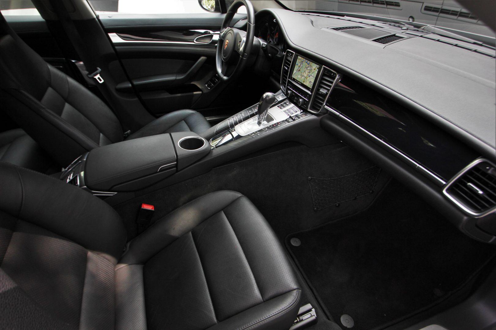 AIL Porsche Panamera V6 Bose  5