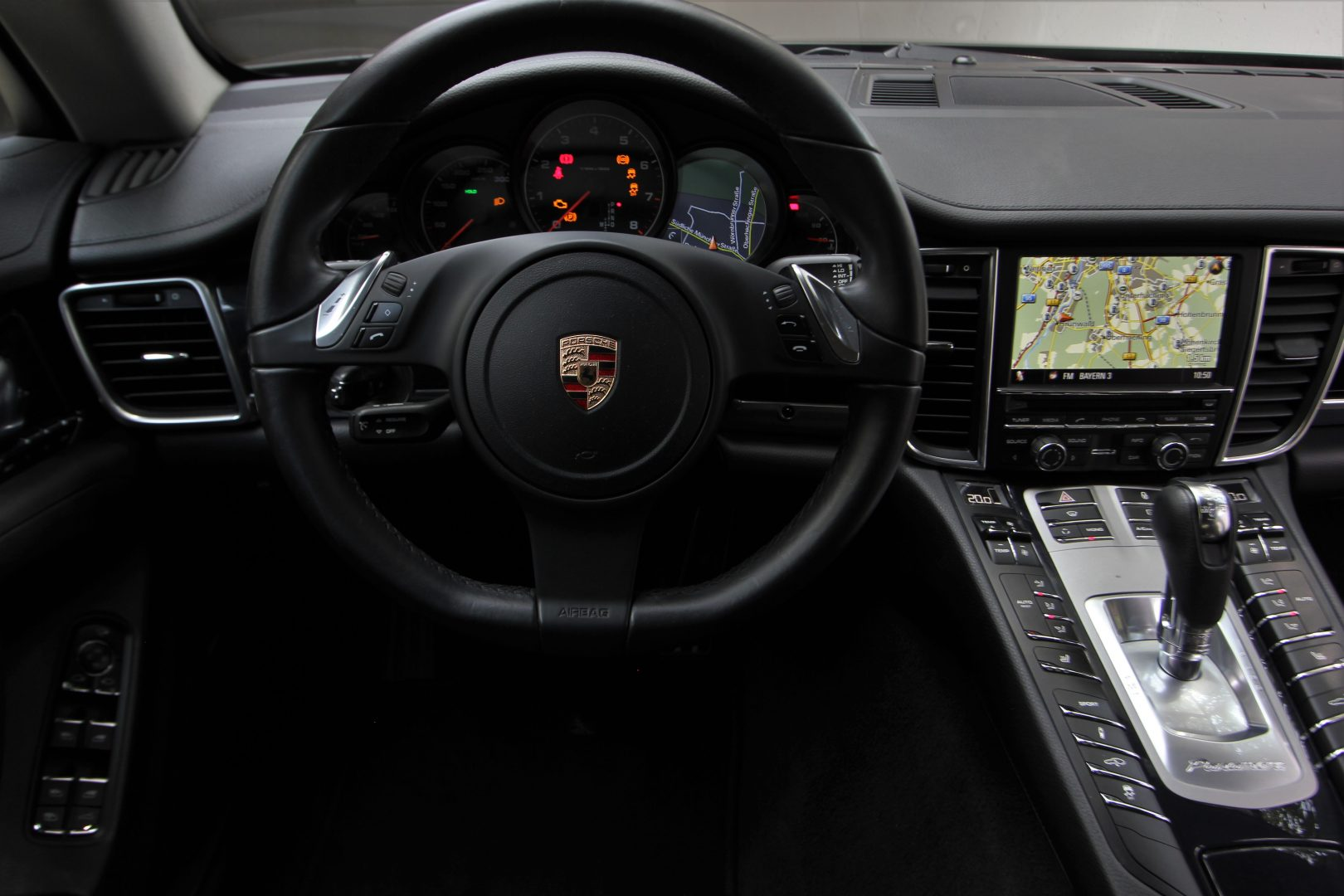 AIL Porsche Panamera V6 Bose  8