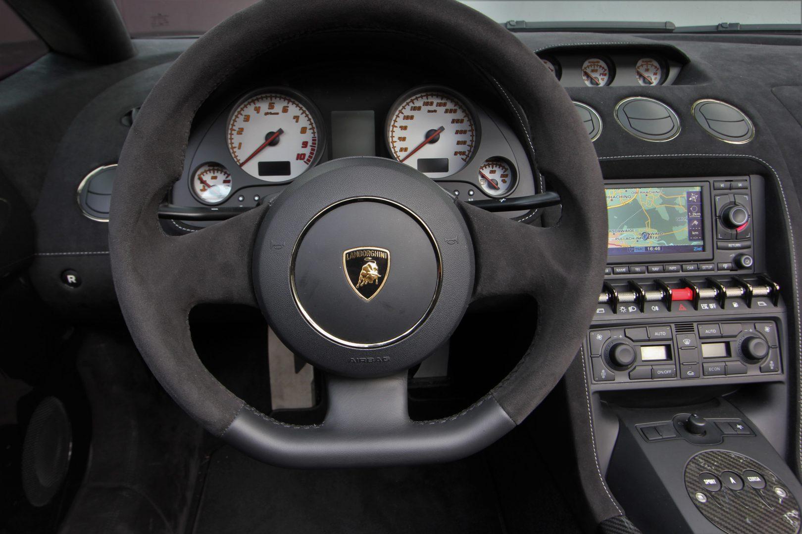 AIL Lamborghini Gallardo LP570-4 Performante Spyder 2