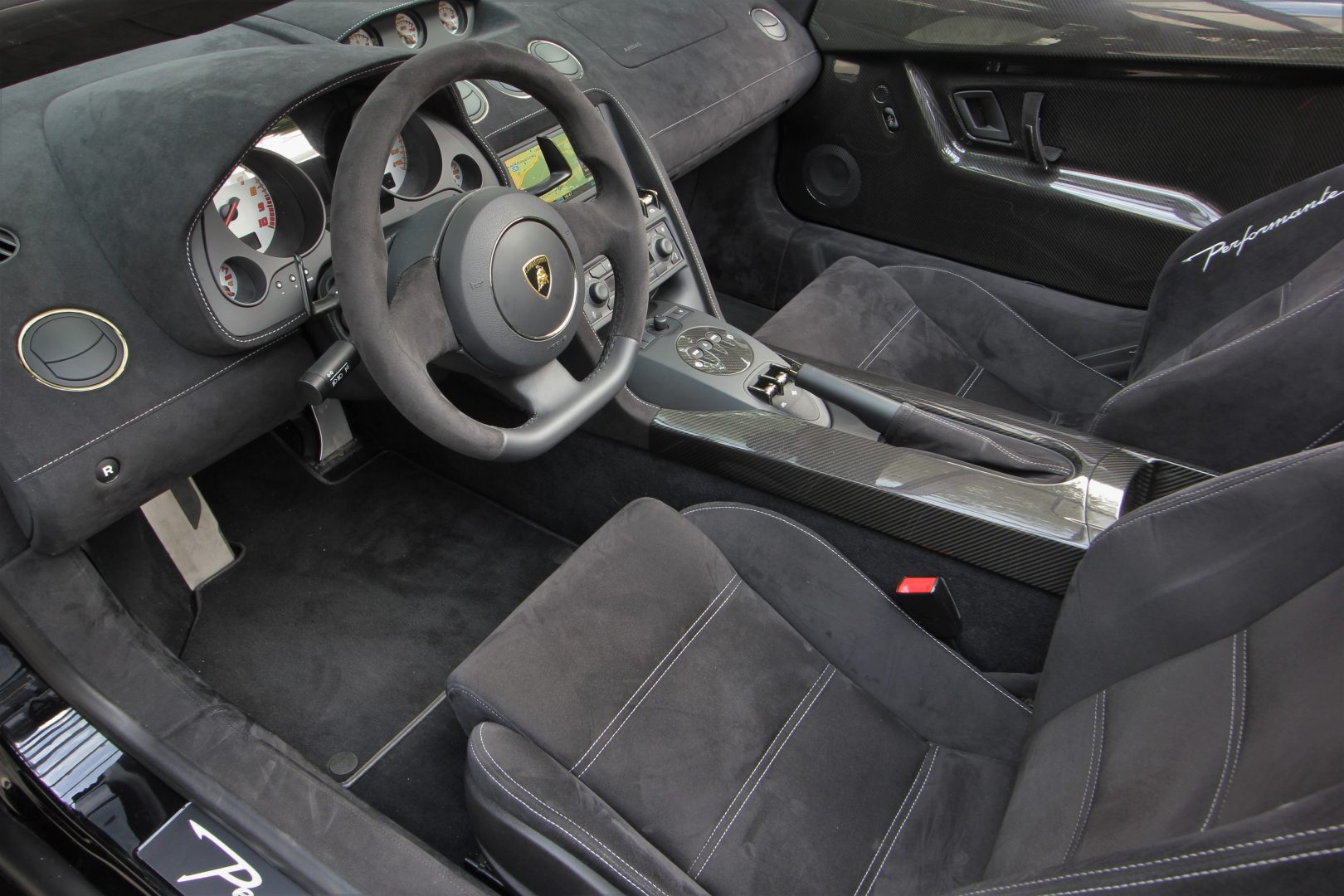 AIL Lamborghini Gallardo LP570-4 Performante Spyder 10