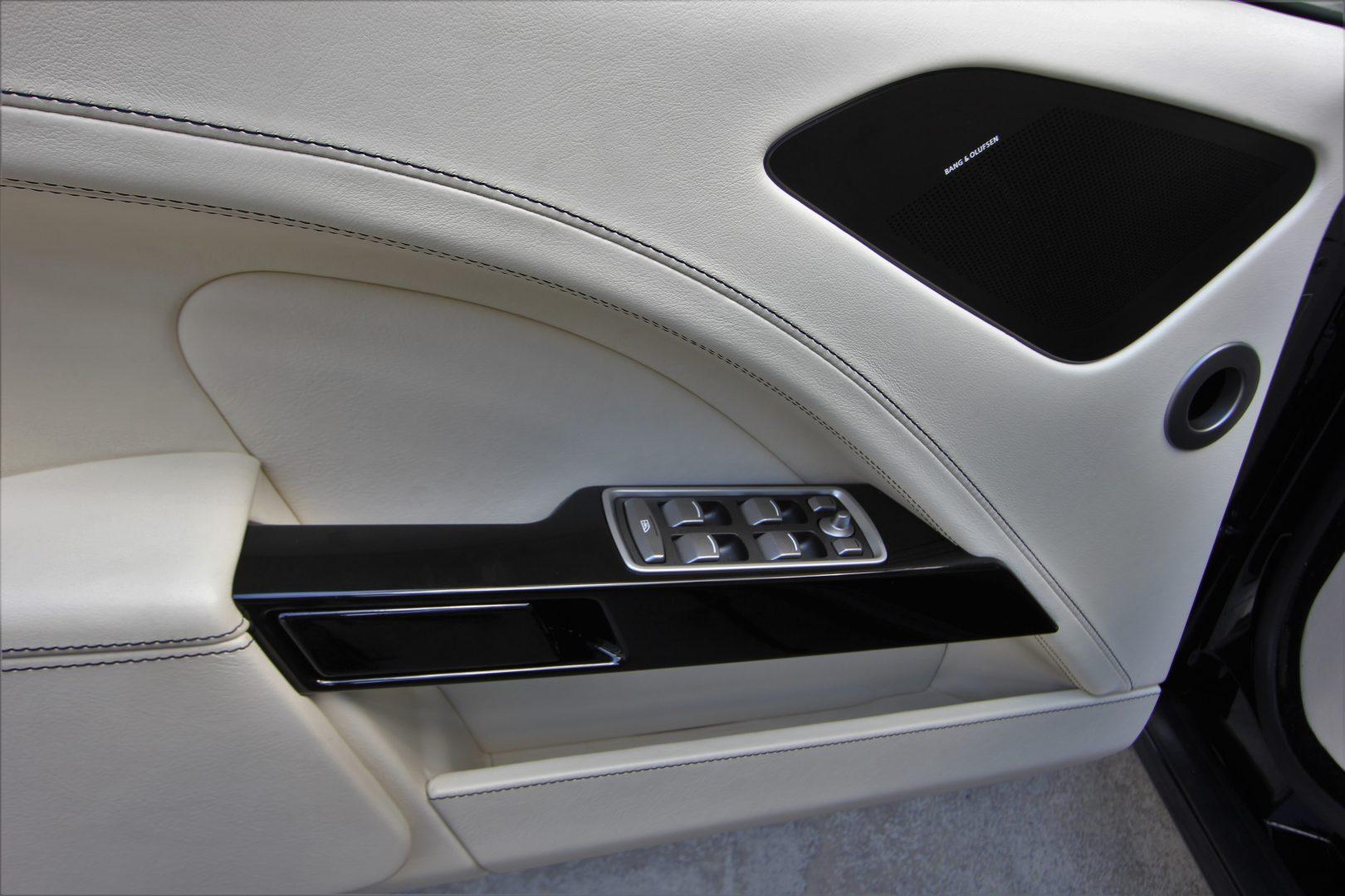 AIL Aston Martin Rapide S  14