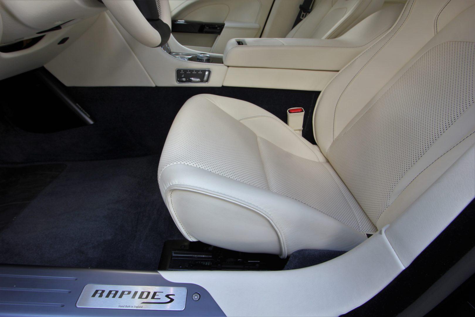 AIL Aston Martin Rapide S  10