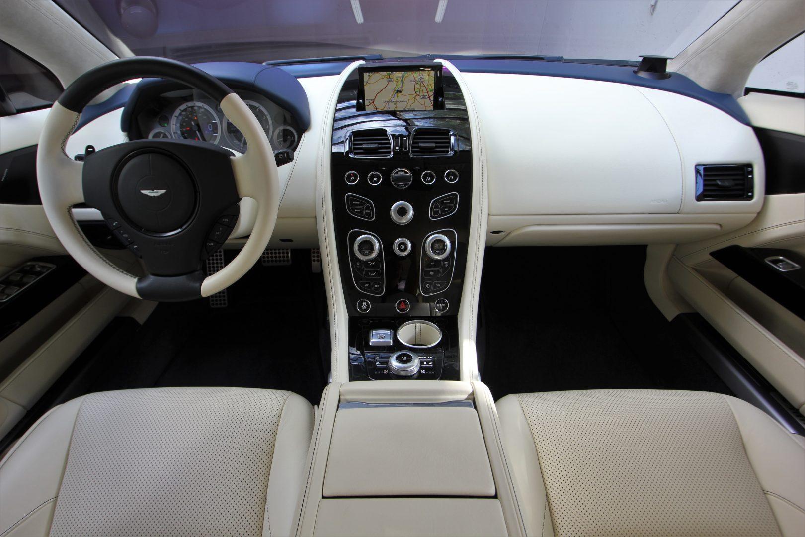 AIL Aston Martin Rapide S  6