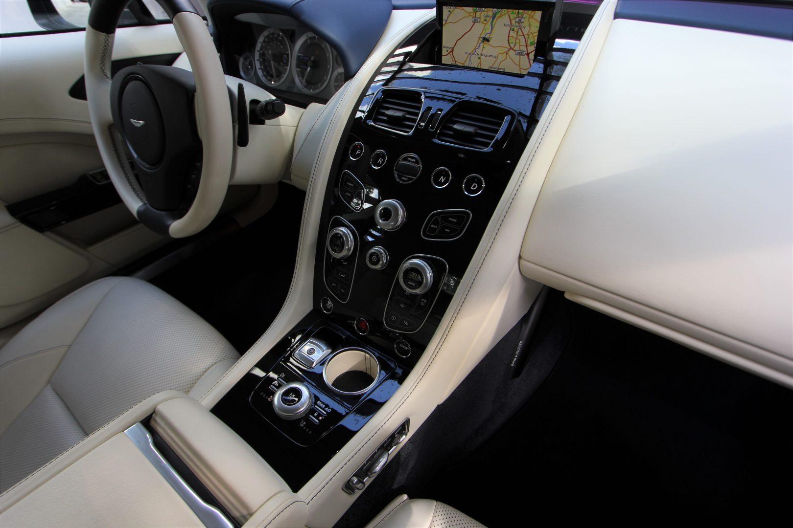 AIL Aston Martin Rapide S  2