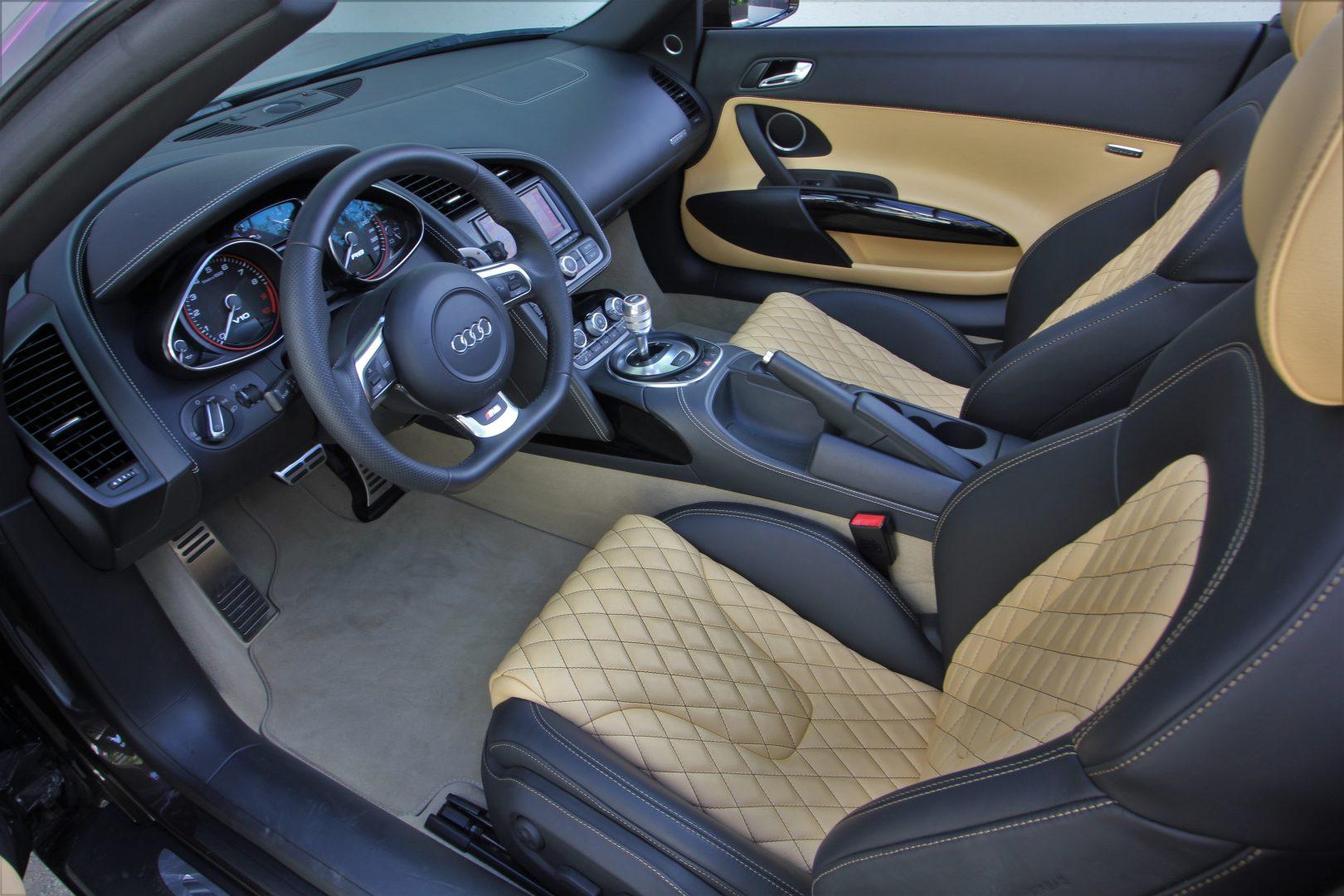 AIL Audi R8 Spyder V10 Exclusiv Paket Bi-color 2