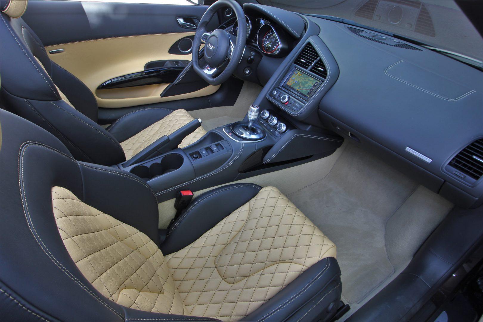 AIL Audi R8 Spyder V10 Exclusiv Paket Bi-color 6