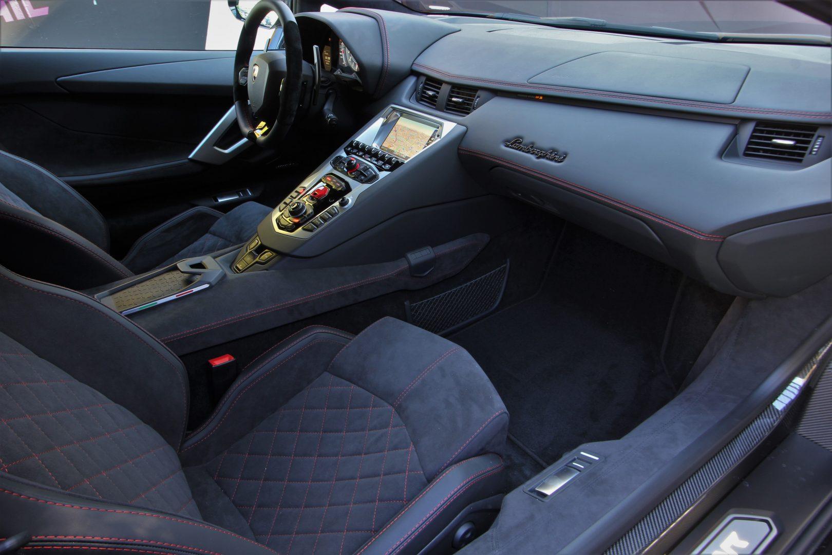 AIL Lamborghini Aventador S LP740-4 Branding Paket  10