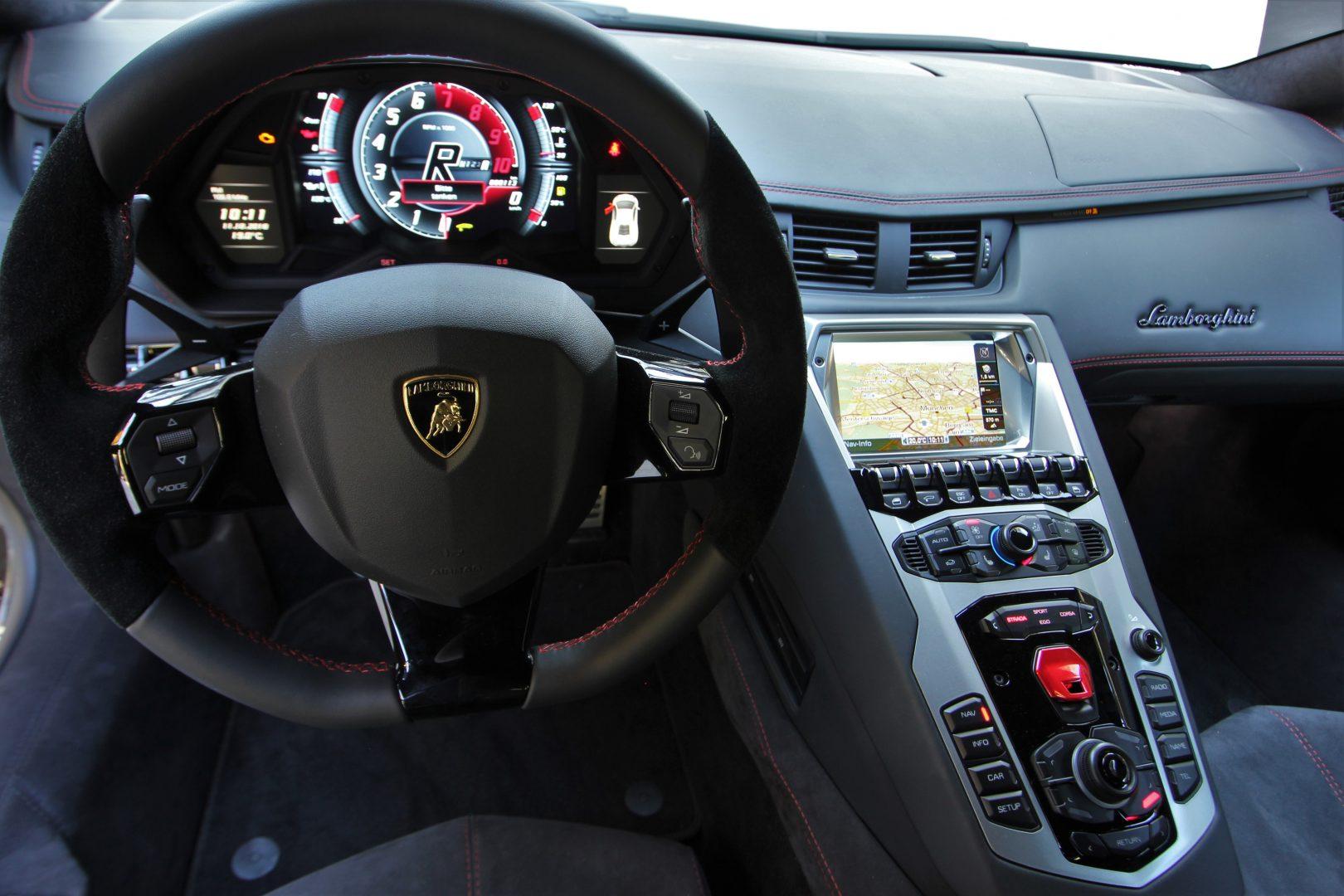 AIL Lamborghini Aventador S LP740-4 Branding Paket  6