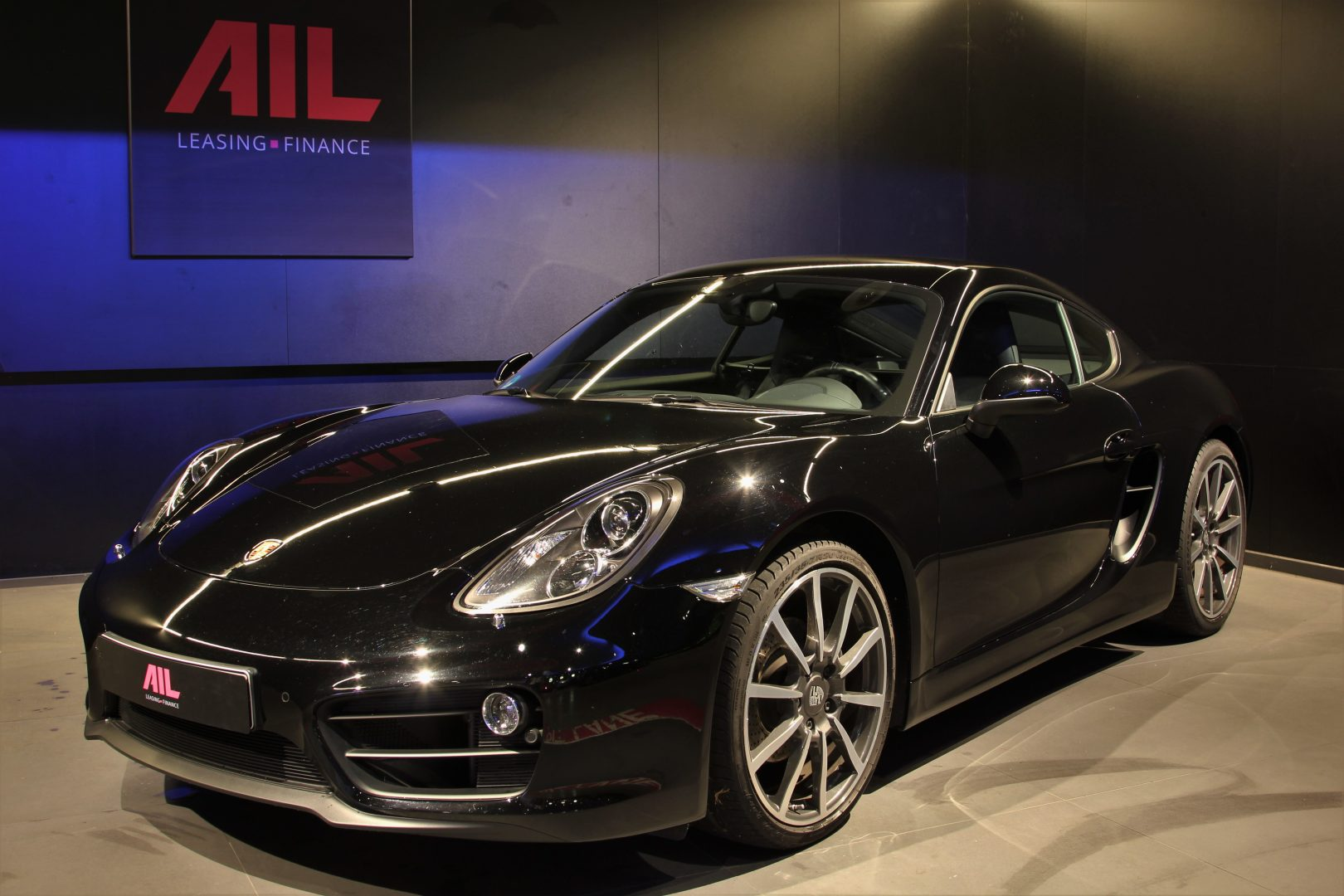 AIL Porsche Cayman Black Edition Approved Sound-Package-Plus 10