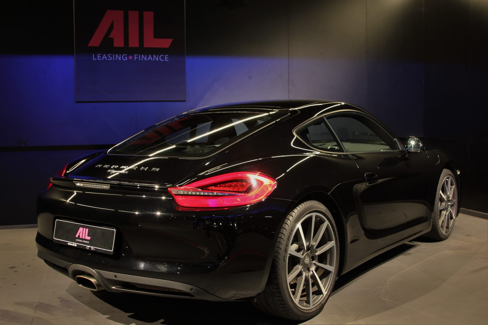 AIL Porsche Cayman Black Edition Approved Sound-Package-Plus 1