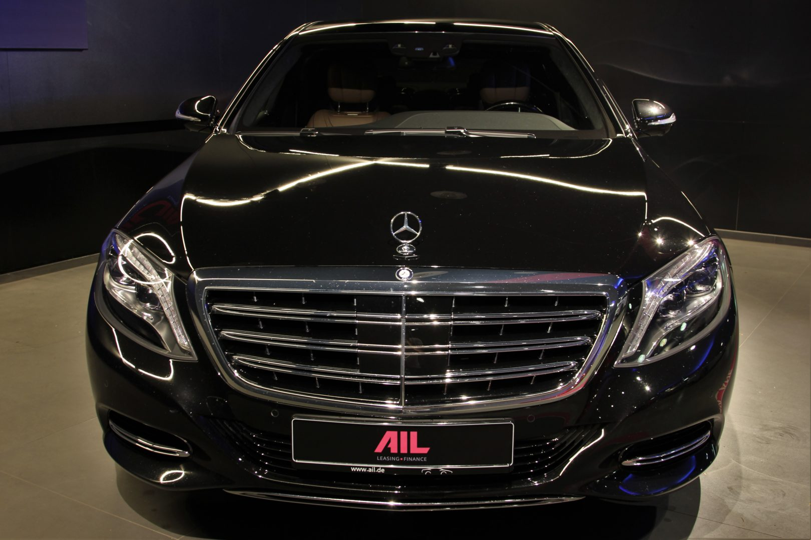 AIL Mercedes-Benz S 500 Maybach First-Class Fond RSE 2