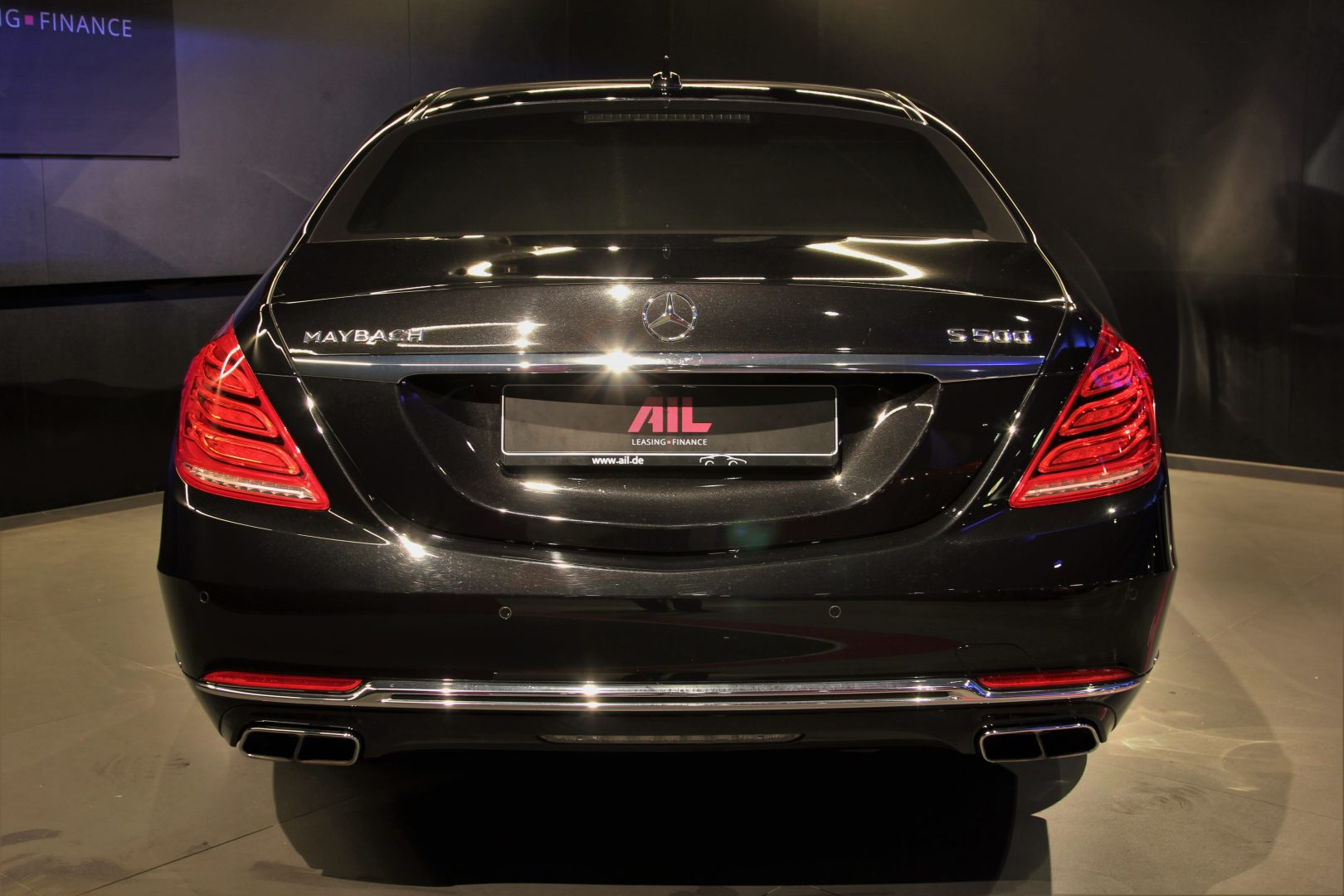 AIL Mercedes-Benz S 500 Maybach First-Class Fond RSE 11