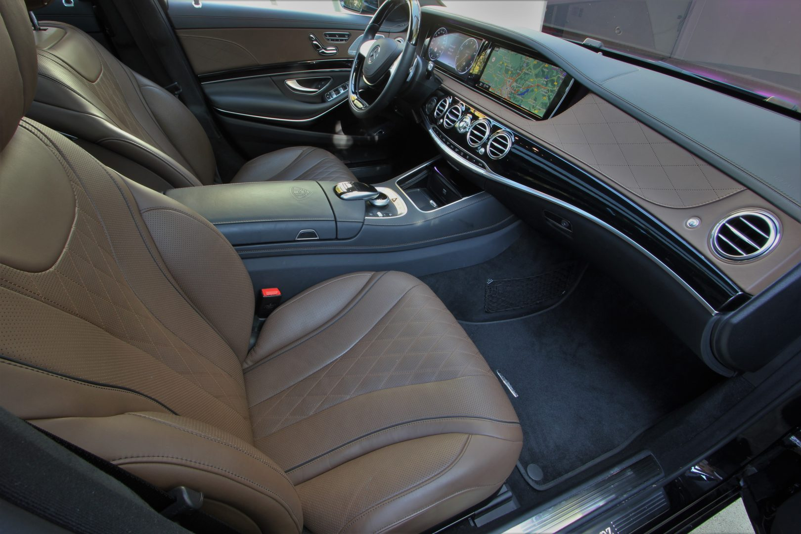 AIL Mercedes-Benz S 500 Maybach First-Class Fond RSE 10