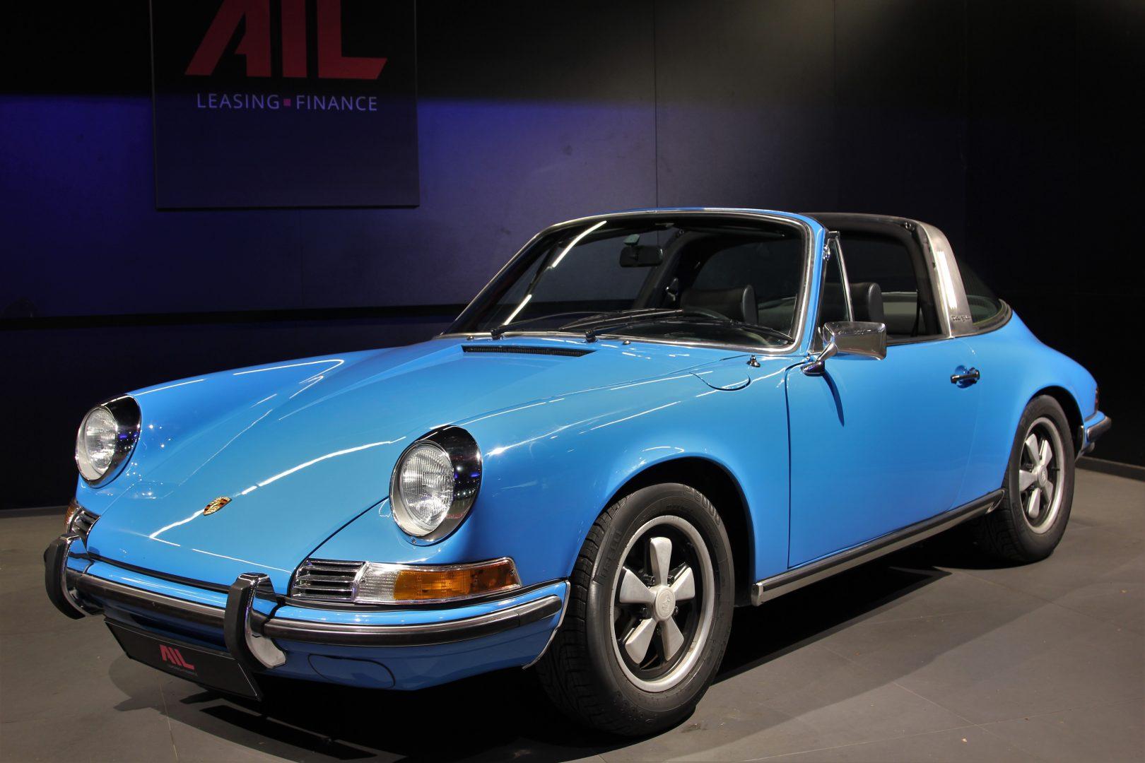AIL Porsche 911 T Oelklappe  10