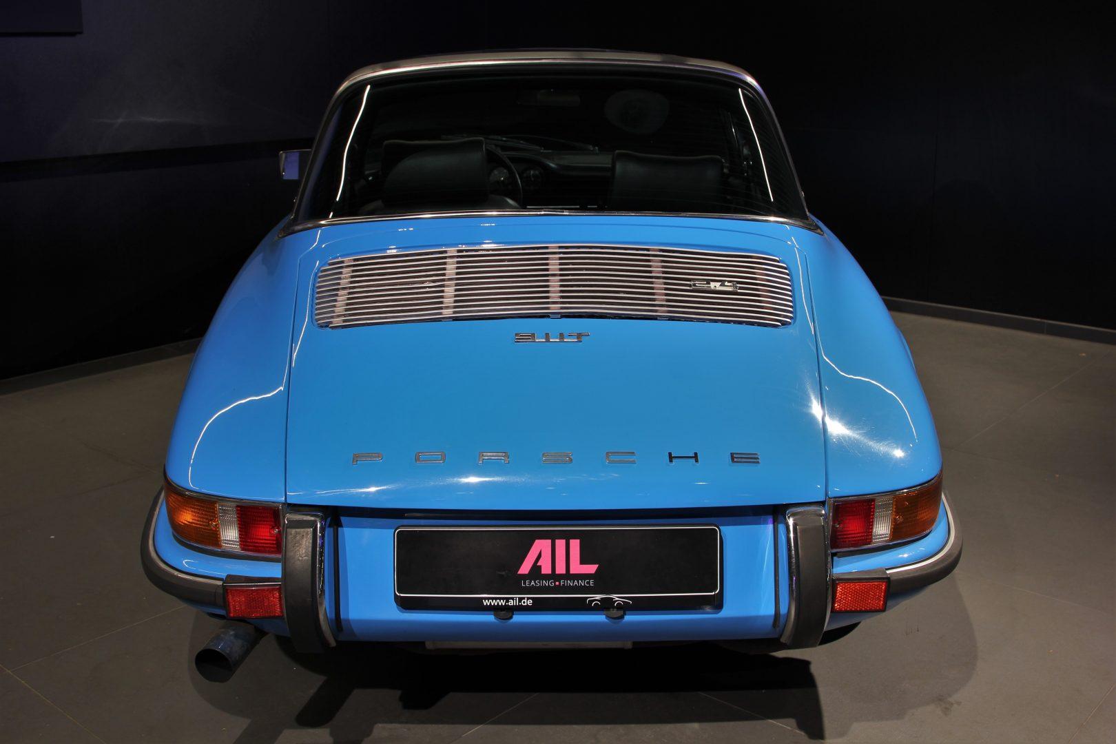AIL Porsche 911 T Oelklappe  2