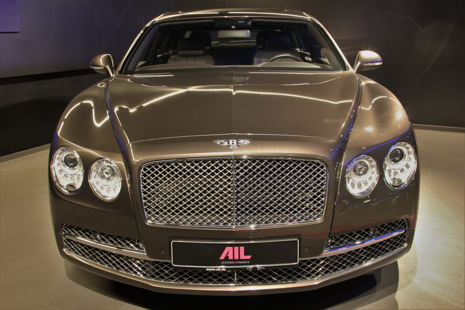 AIL Bentley Continental Flying Spur W12 1