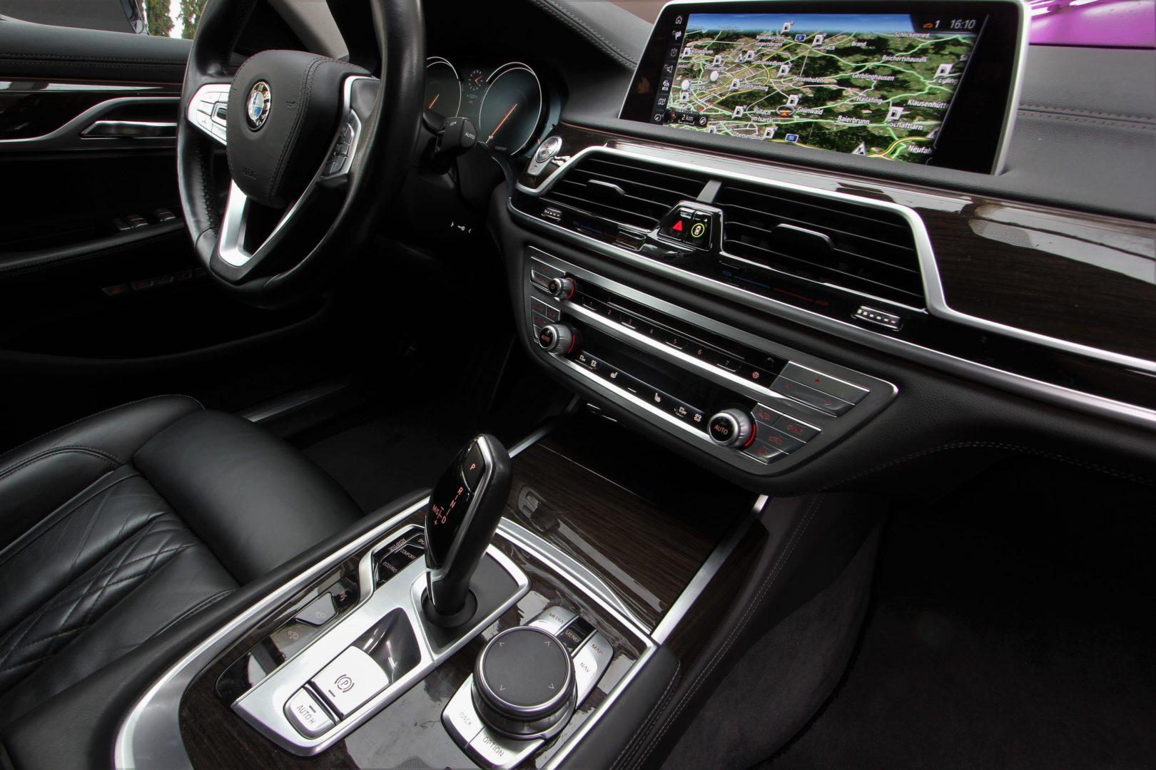 AIL BMW 730d LED Design Pure Excellence 13