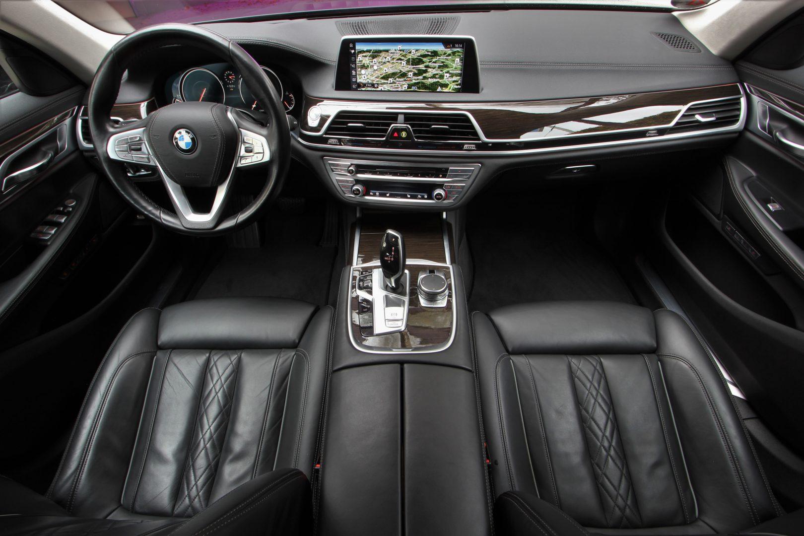 AIL BMW 730d LED Design Pure Excellence 1