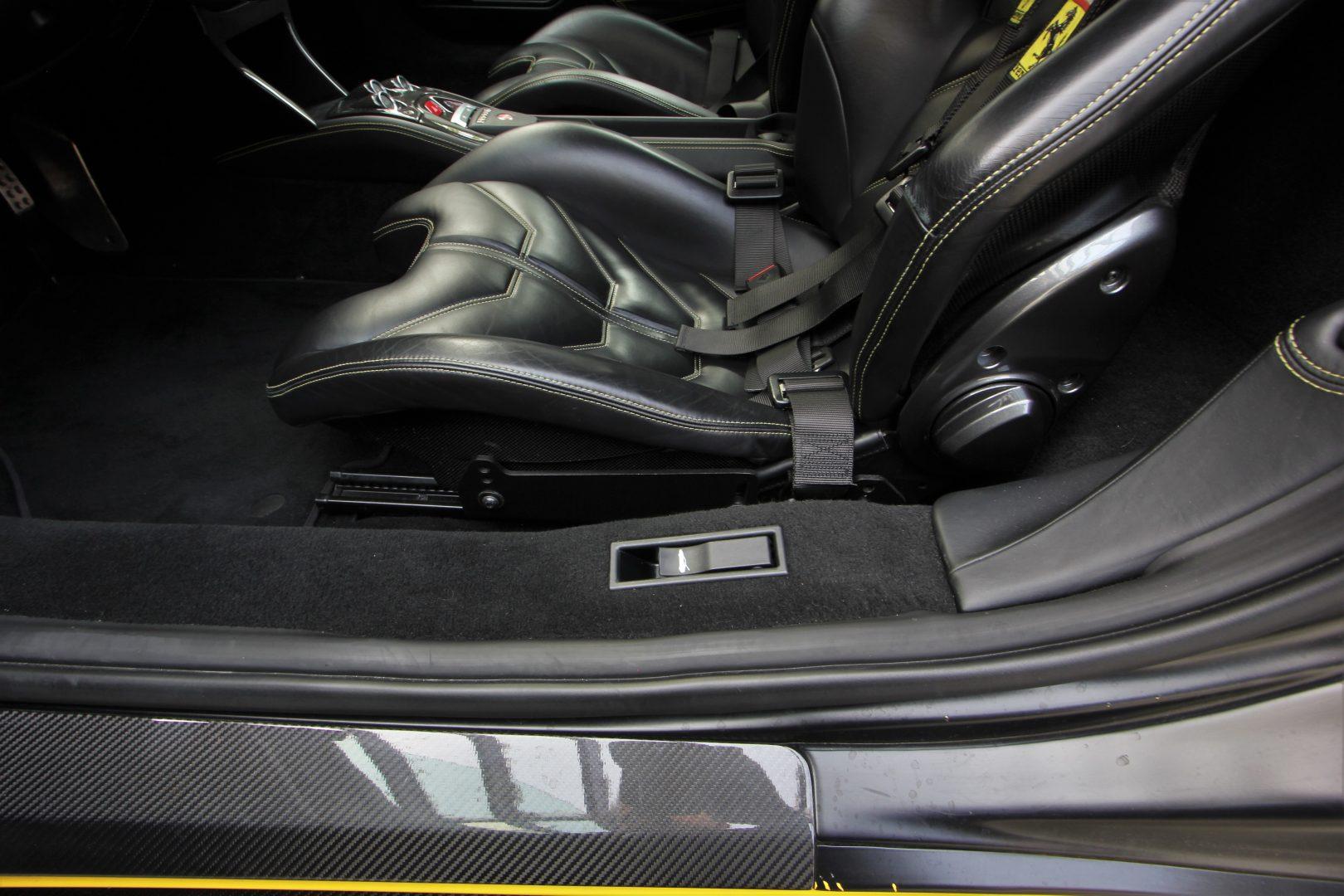 AIL Ferrari 458 Italia Novitec Lift 14