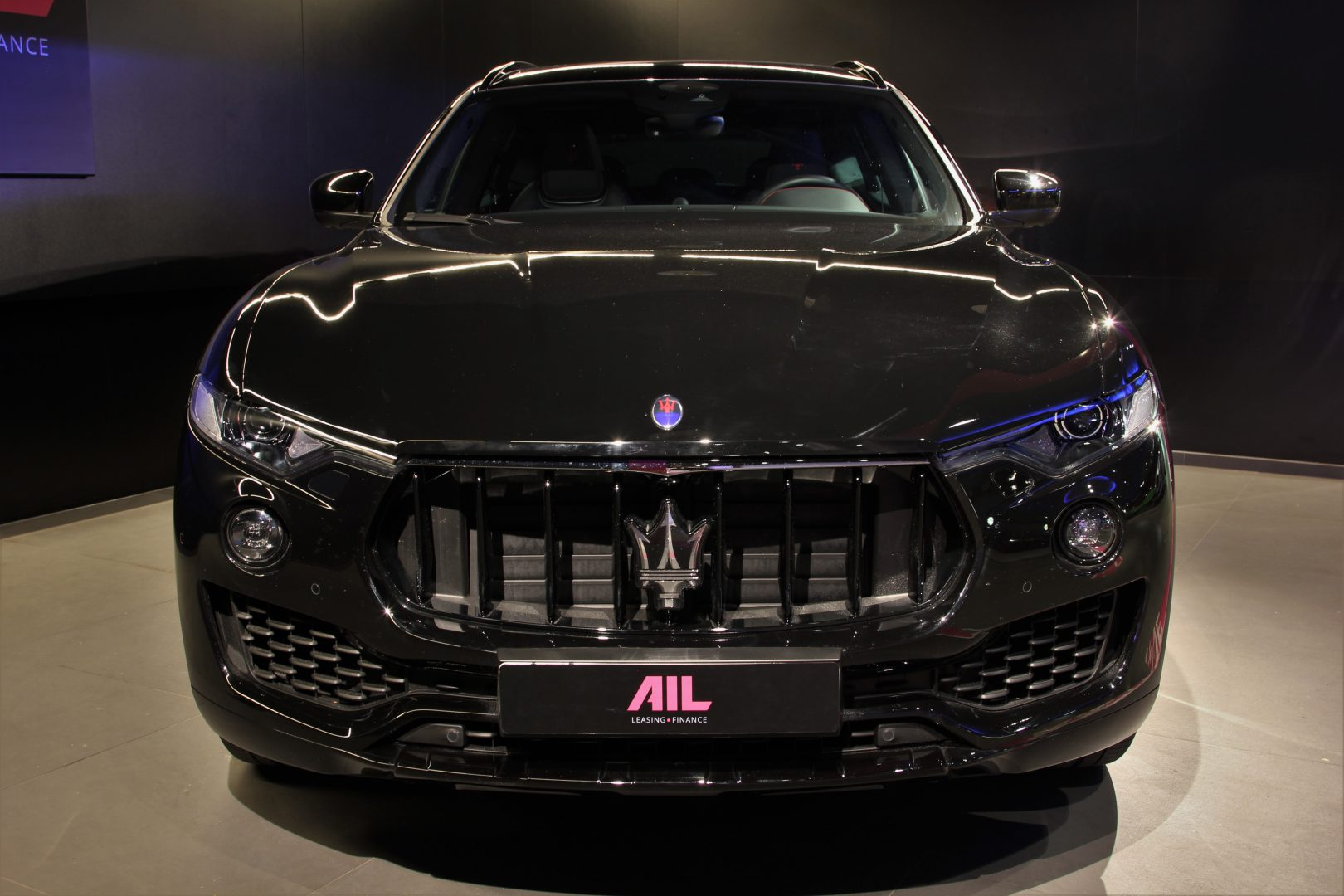 AIL Maserati Levante S Gransport Panorama Harman Kardon 1