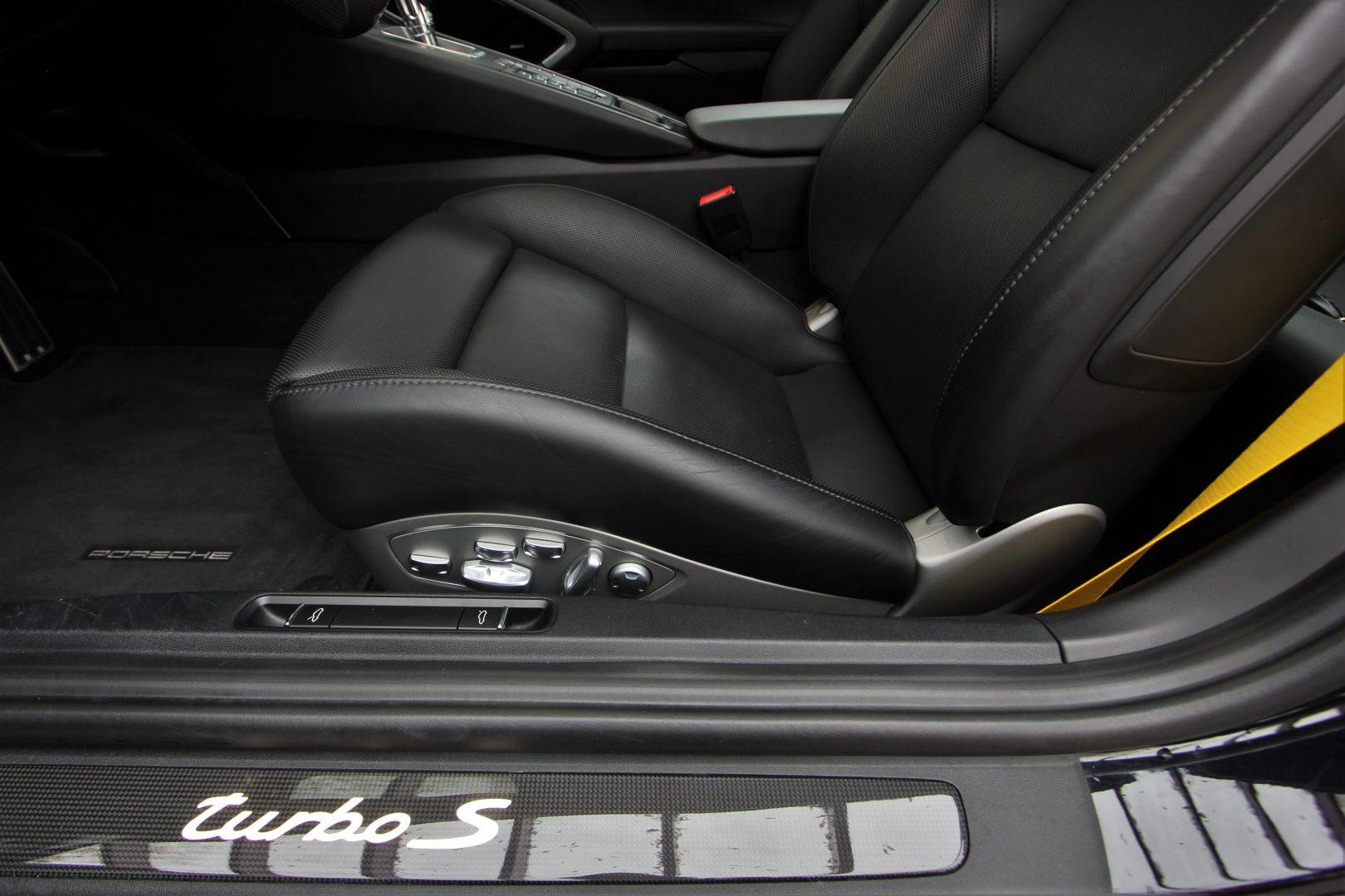 AIL Porsche 911 991 Turbo S Carbon Paket PCCB 12