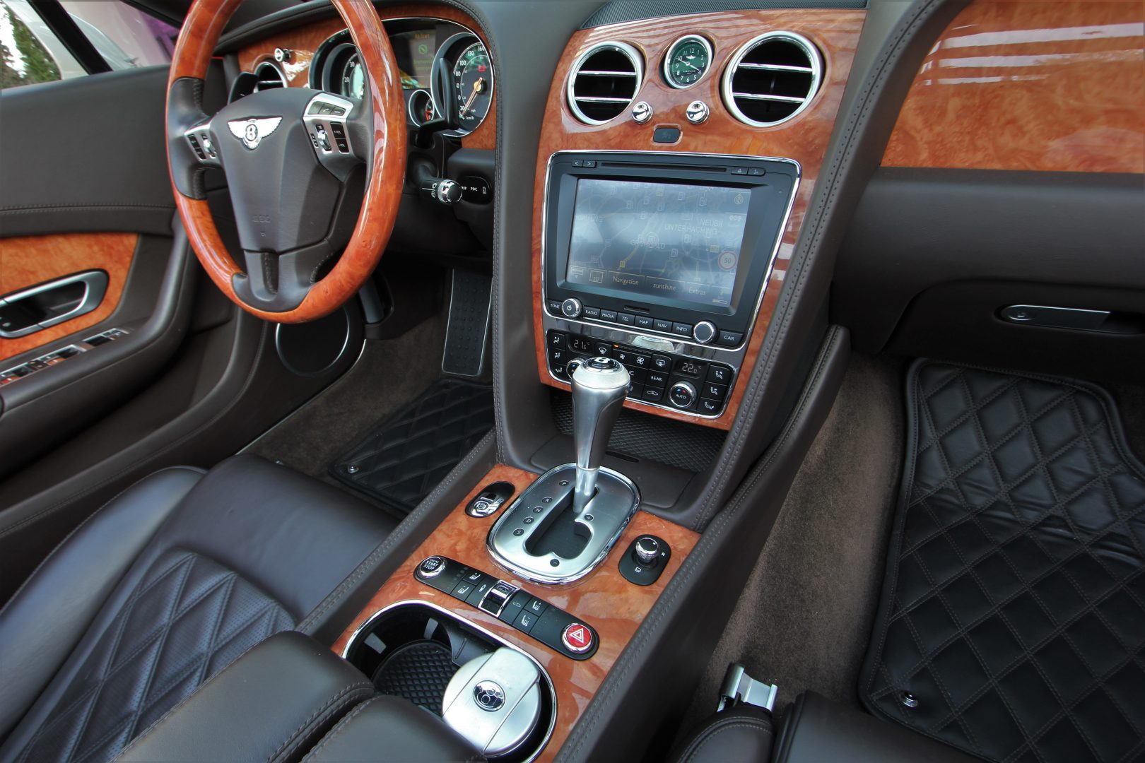 AIL Bentley Continental GTC V8 Mulliner  8