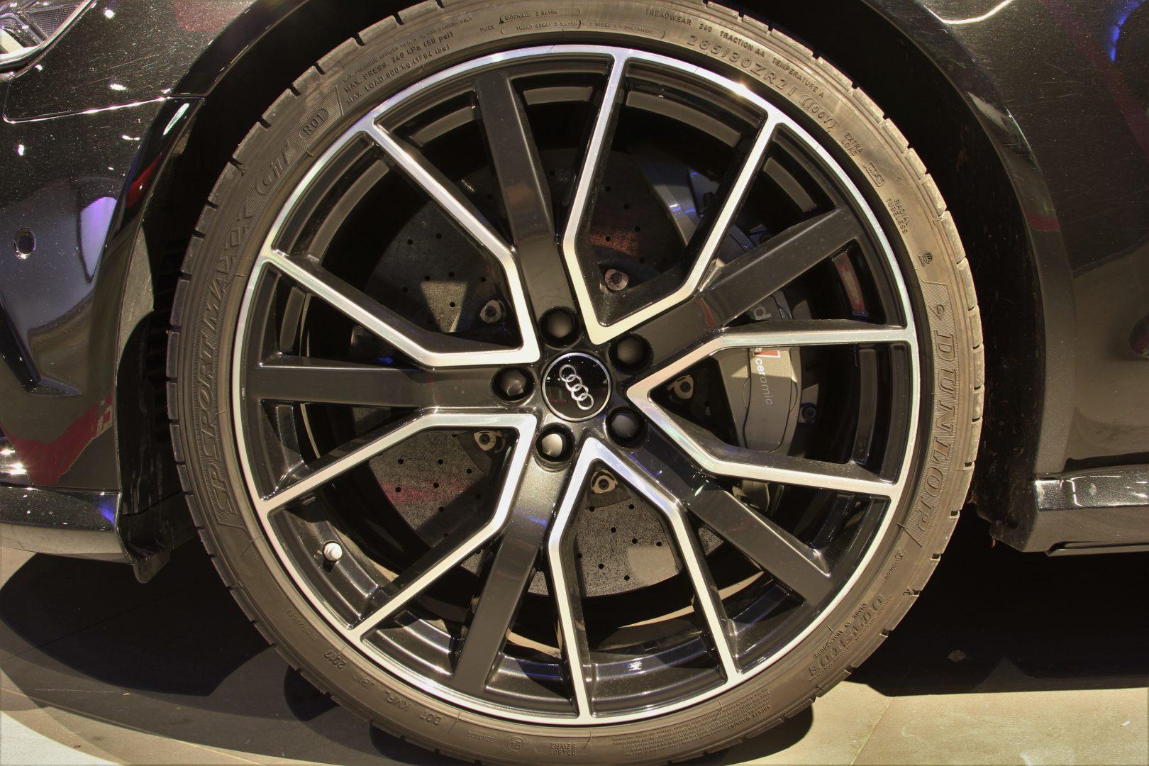 AIL Audi RS6 Avant Performance 4.0 TFSI Carbon Paket  2