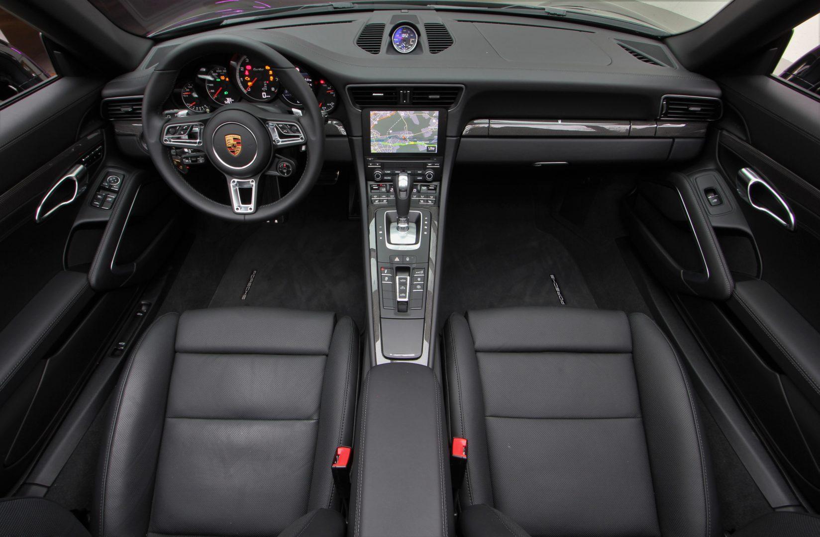 AIL Porsche 991 Turbo Lift LED DAB 11
