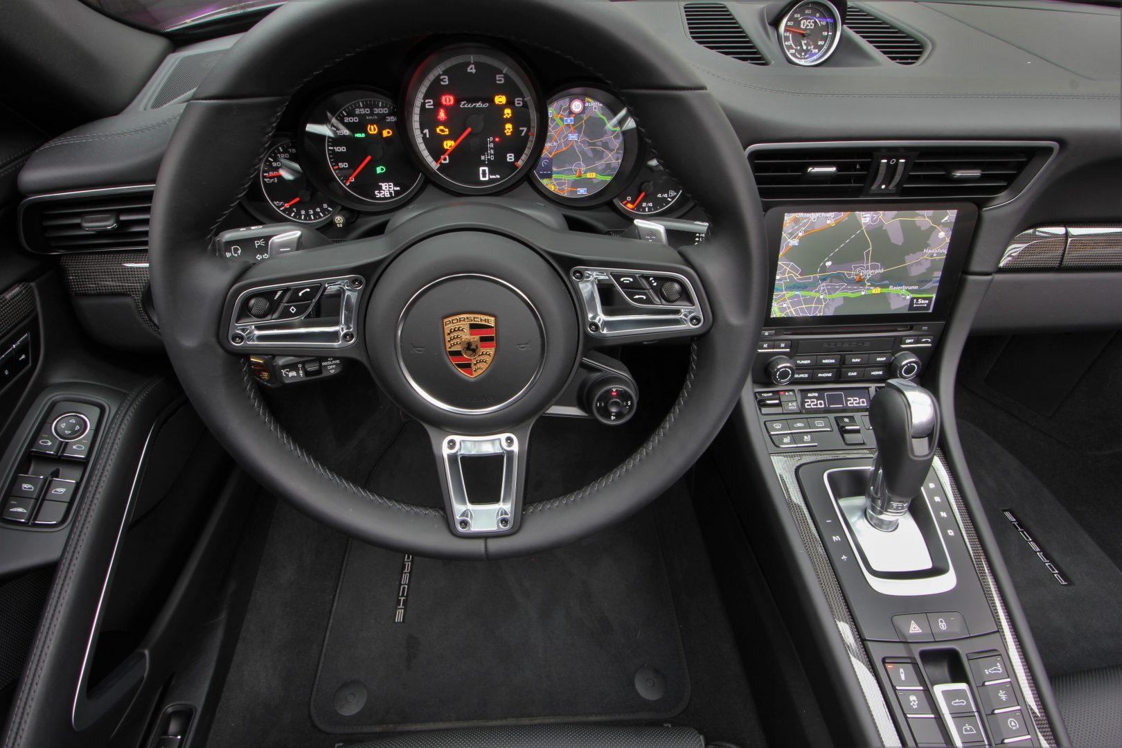 AIL Porsche 991 Turbo Lift LED DAB 8