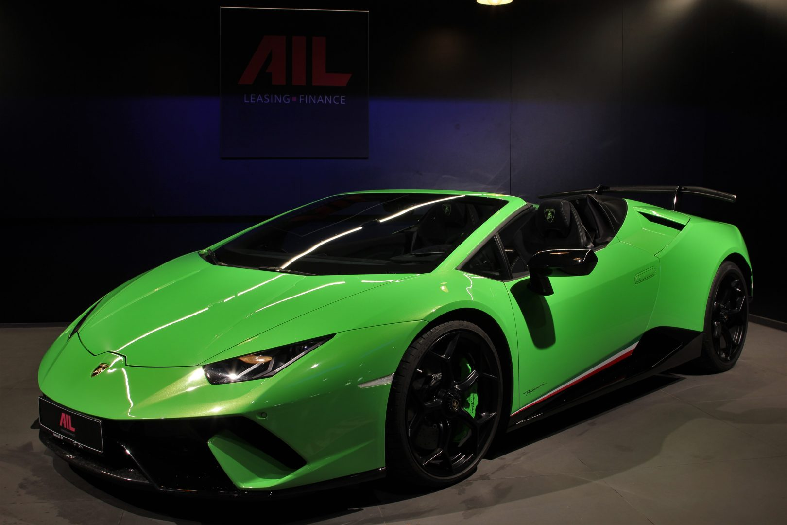 AIL Lamborghini Huracan Performante Spyder LP 640-4 Verda Mantis 15
