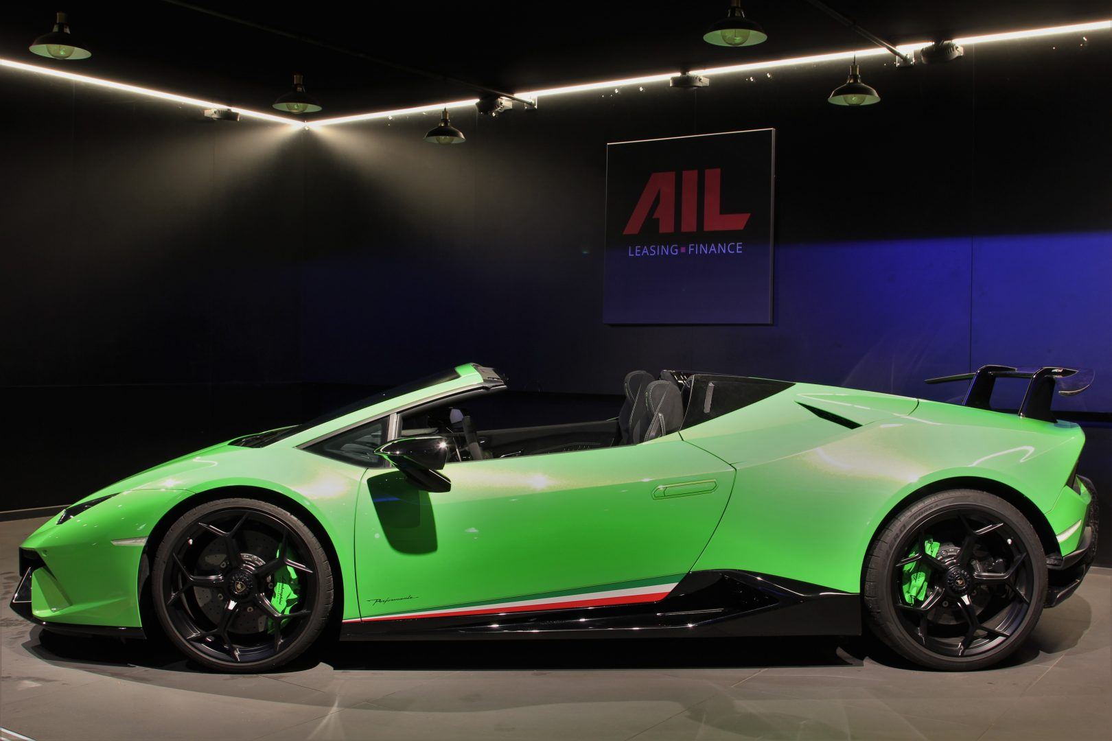 AIL Lamborghini Huracan Performante Spyder LP 640-4 Verda Mantis 11