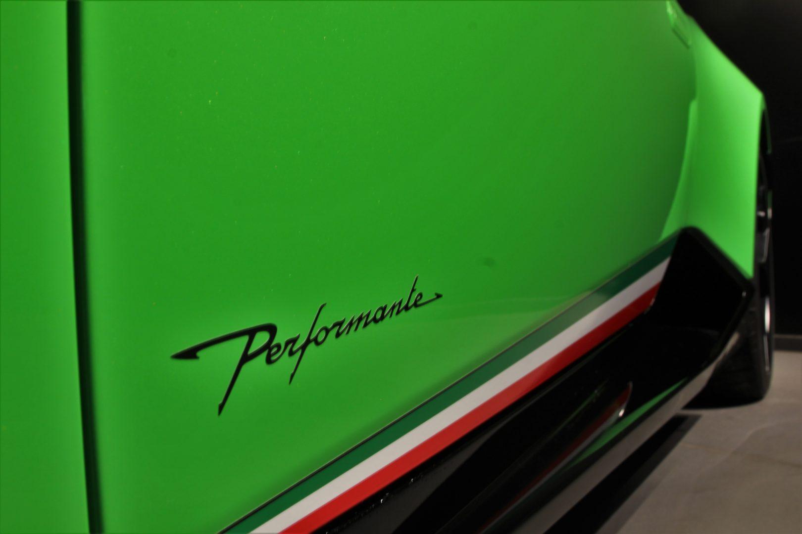 AIL Lamborghini Huracan Performante Spyder LP 640-4 Verda Mantis 7