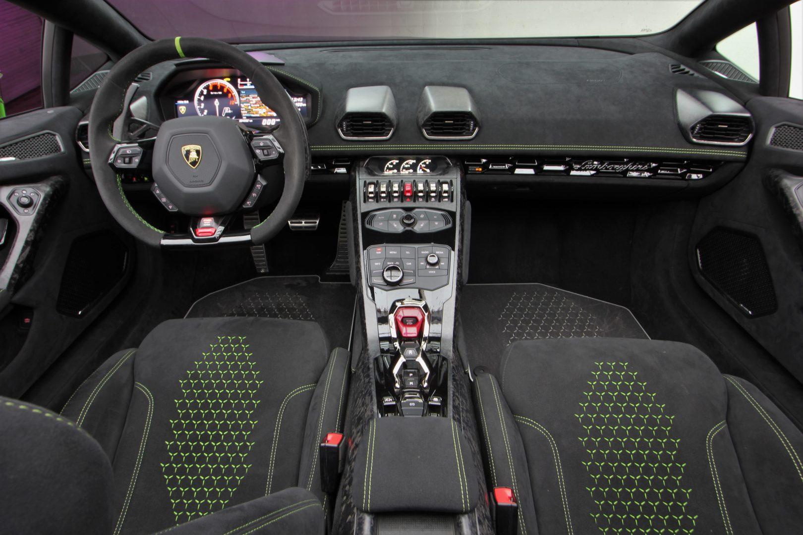 AIL Lamborghini Huracan Performante Spyder LP 640-4 Verda Mantis 16