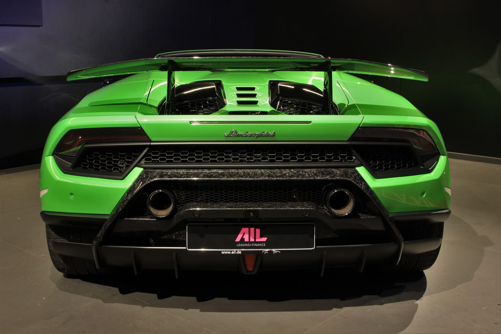 AIL Lamborghini Huracan Performante Spyder LP 640-4 Verda Mantis 5