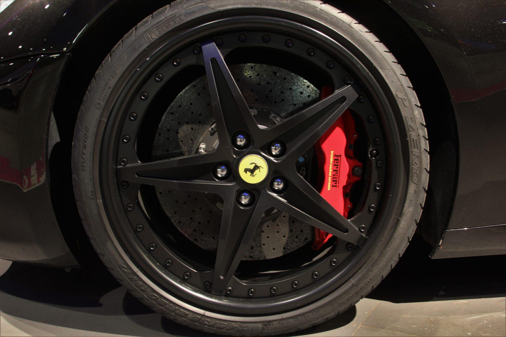 AIL Ferrari 599 GTB 12