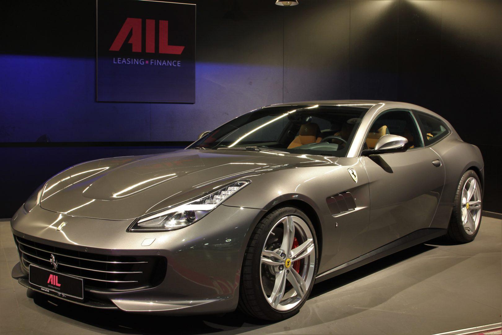 AIL Ferrari GTC4Lusso 14