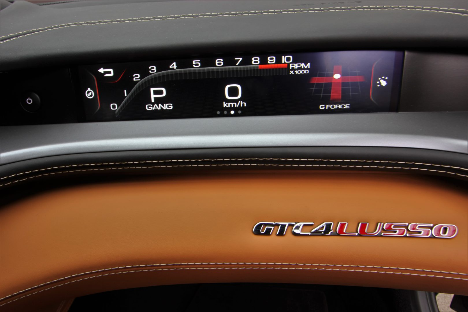 AIL Ferrari GTC4Lusso 10